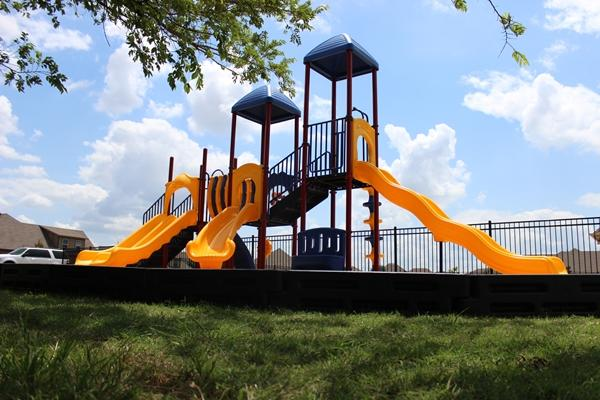 Noahs Park and Playgrounds, LLC image 21