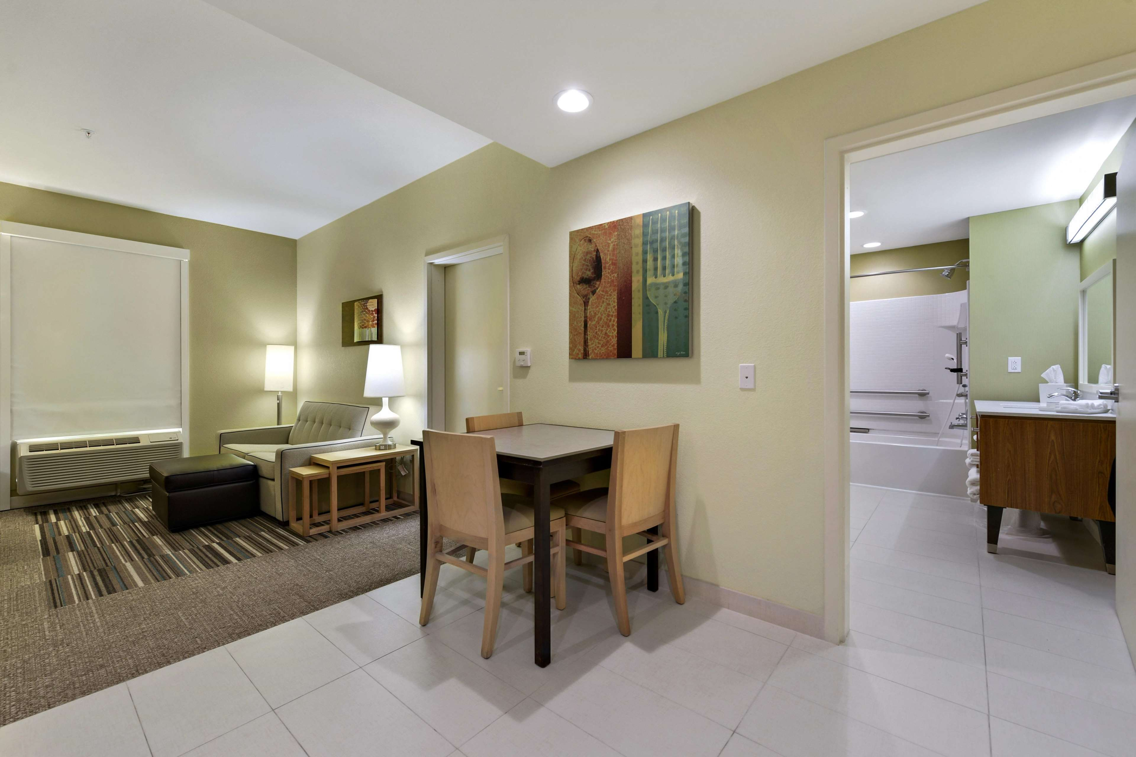 Home2 Suites by Hilton Gulfport I-10 image 23