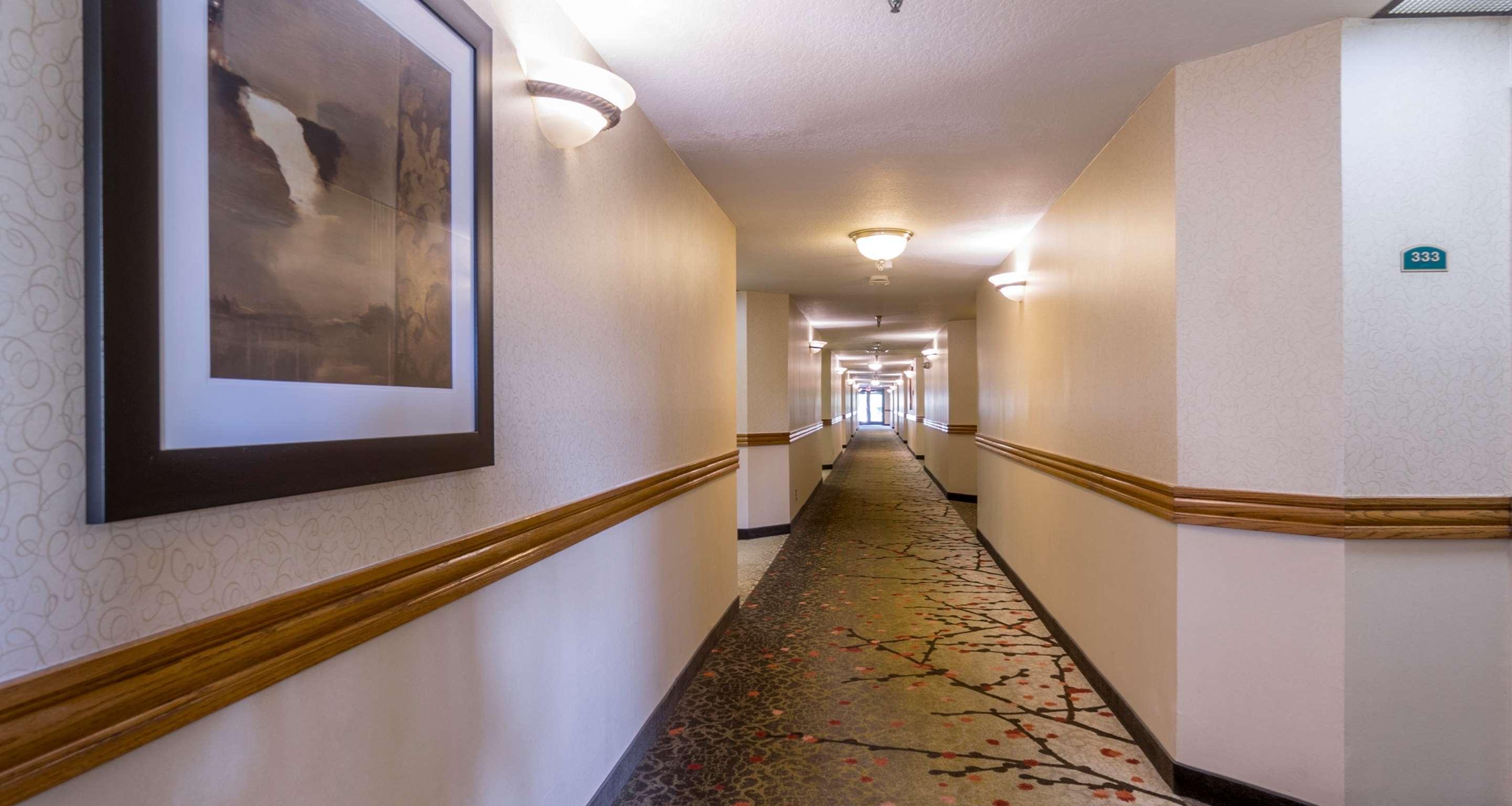 Best Western Plus Newport Mesa Inn image 44