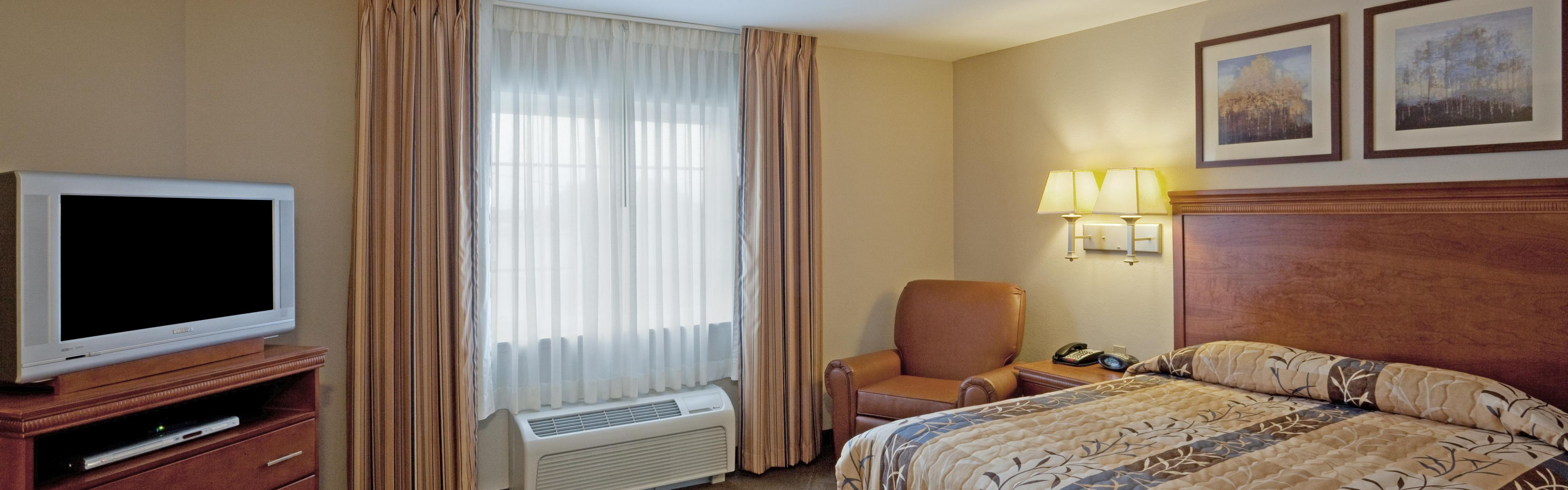 Candlewood Suites West Springfield image 1