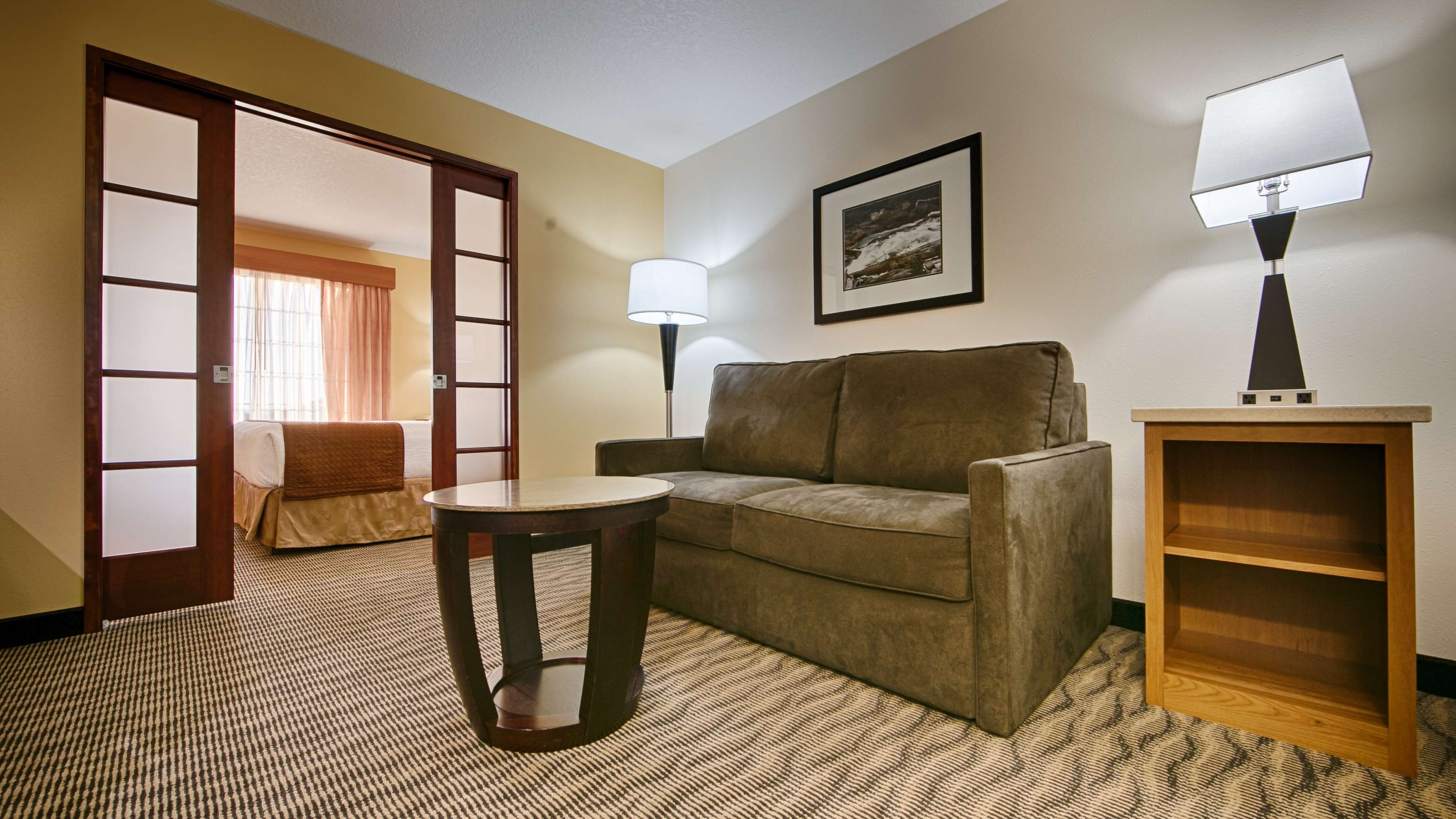 Best Western Plus Park Place Inn & Suites image 13