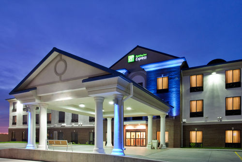 Holiday Inn Express & Suites Mcpherson - ad image