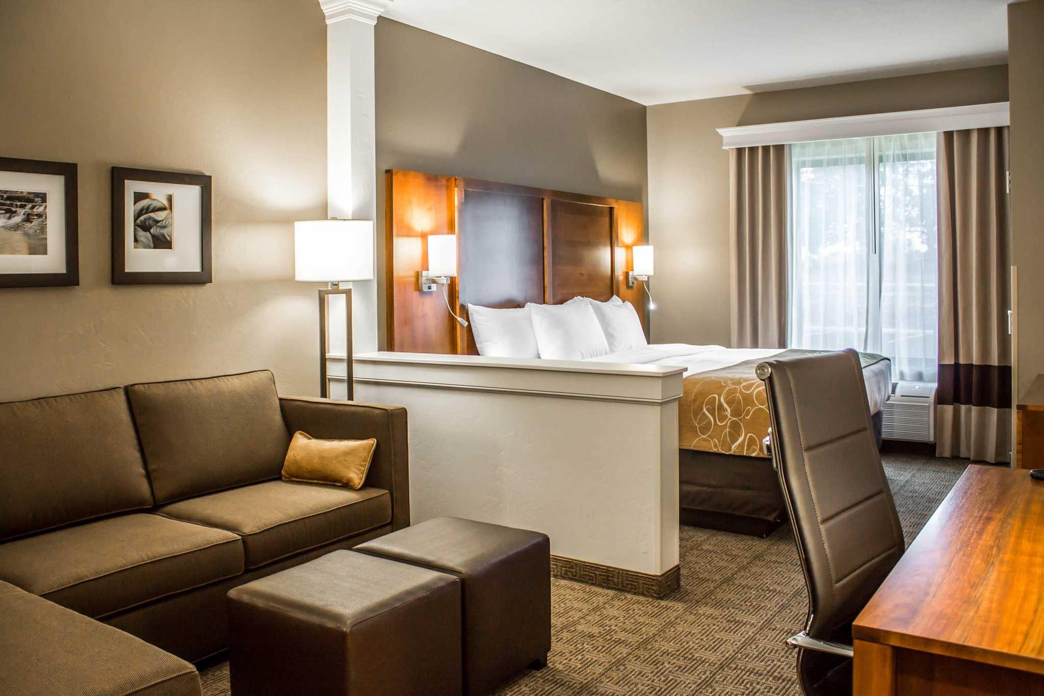 Comfort Suites image 29