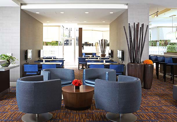 Courtyard by Marriott Los Angeles LAX/Century Boulevard image 6
