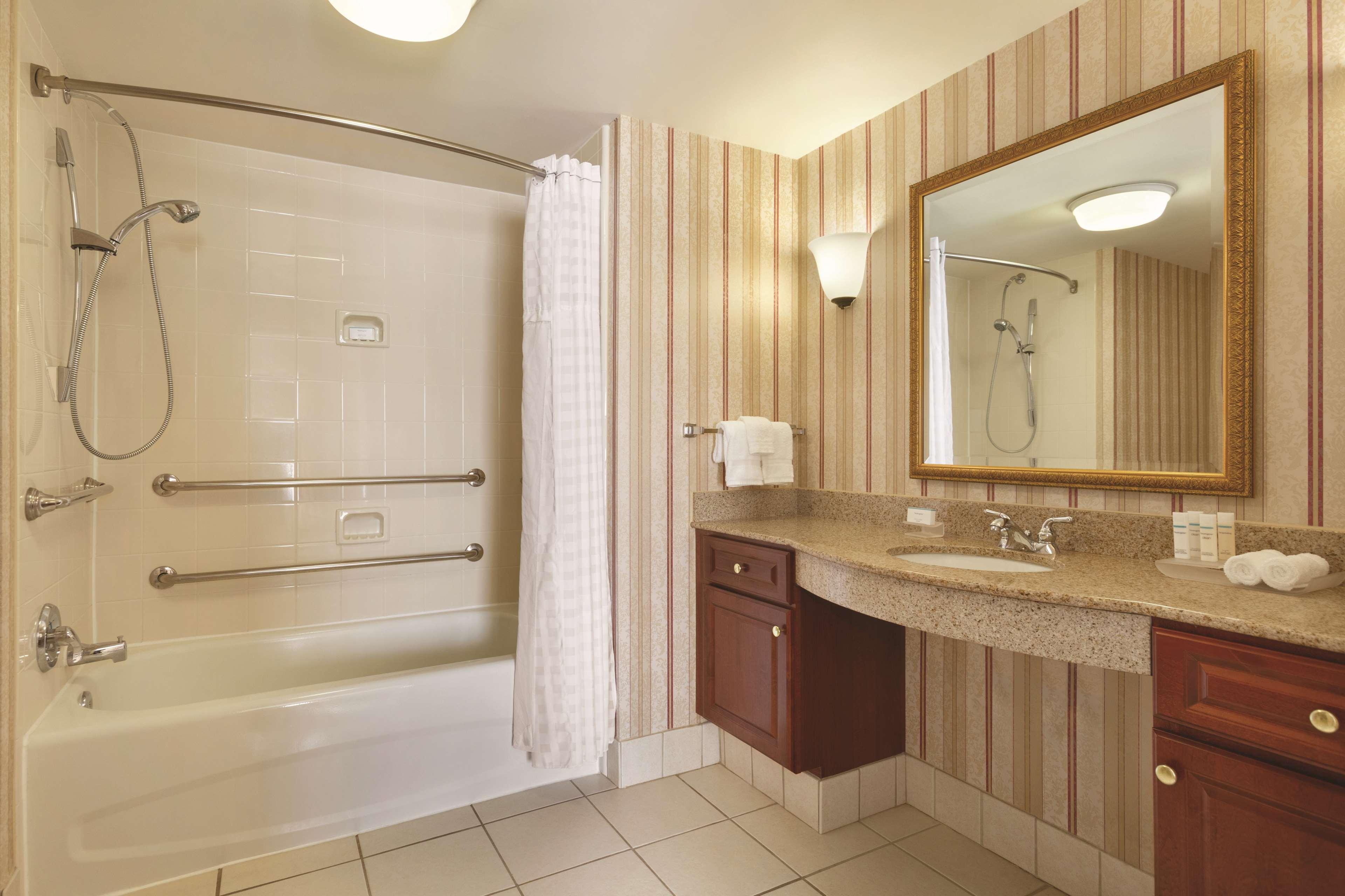 Homewood Suites by Hilton Detroit-Troy image 19