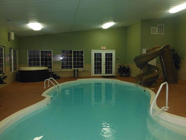 Lake House Hotel image 3