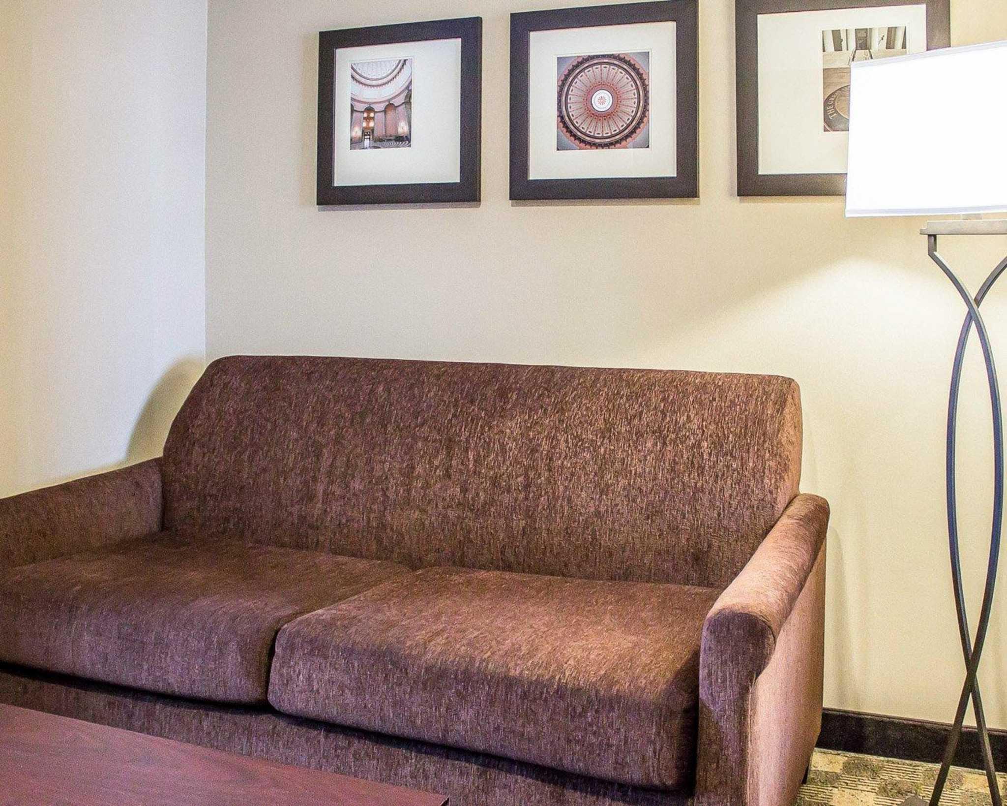 Comfort Suites Perrysburg - Toledo South image 24