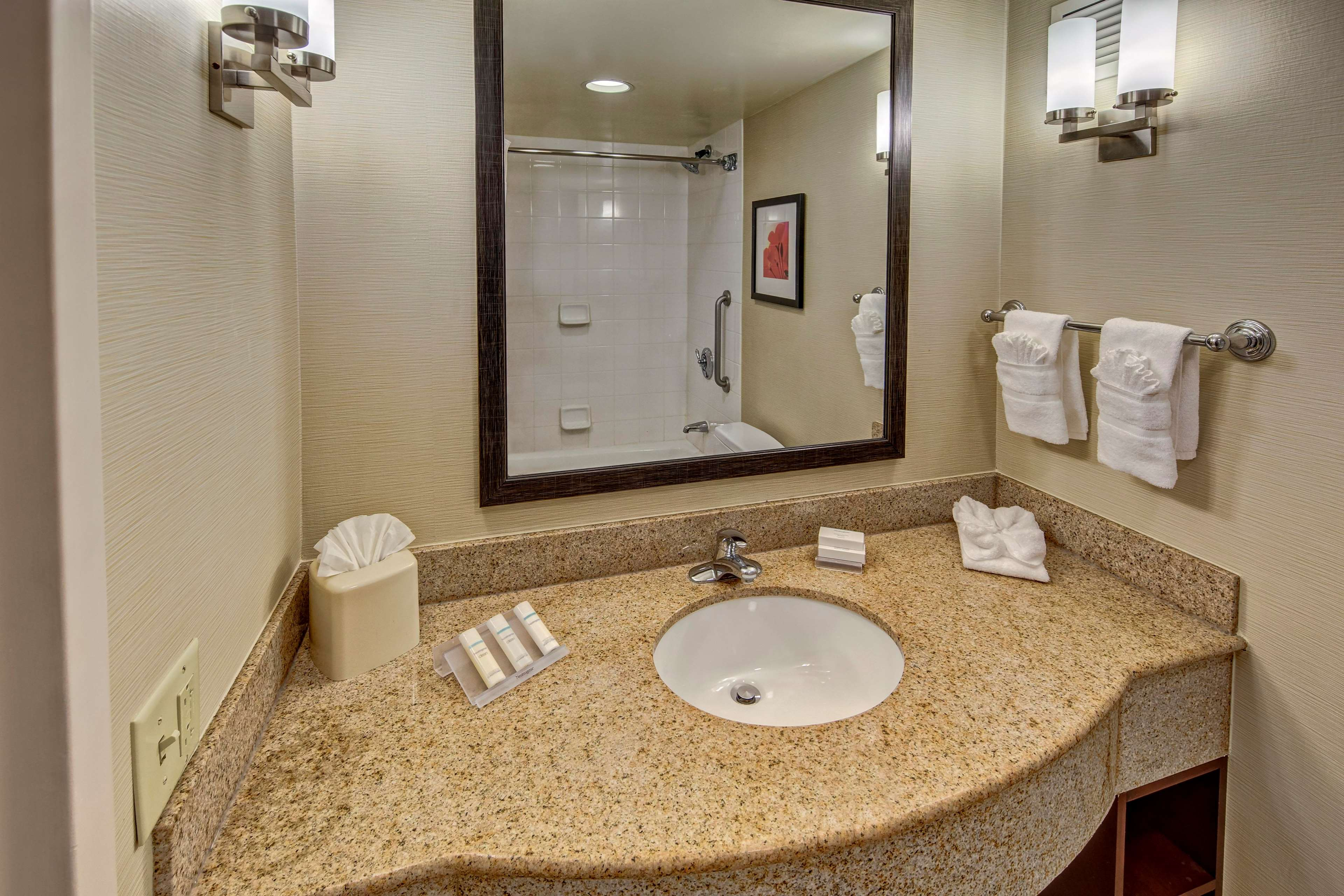 Hilton Garden Inn Houston/Bush Intercontinental Airport image 15
