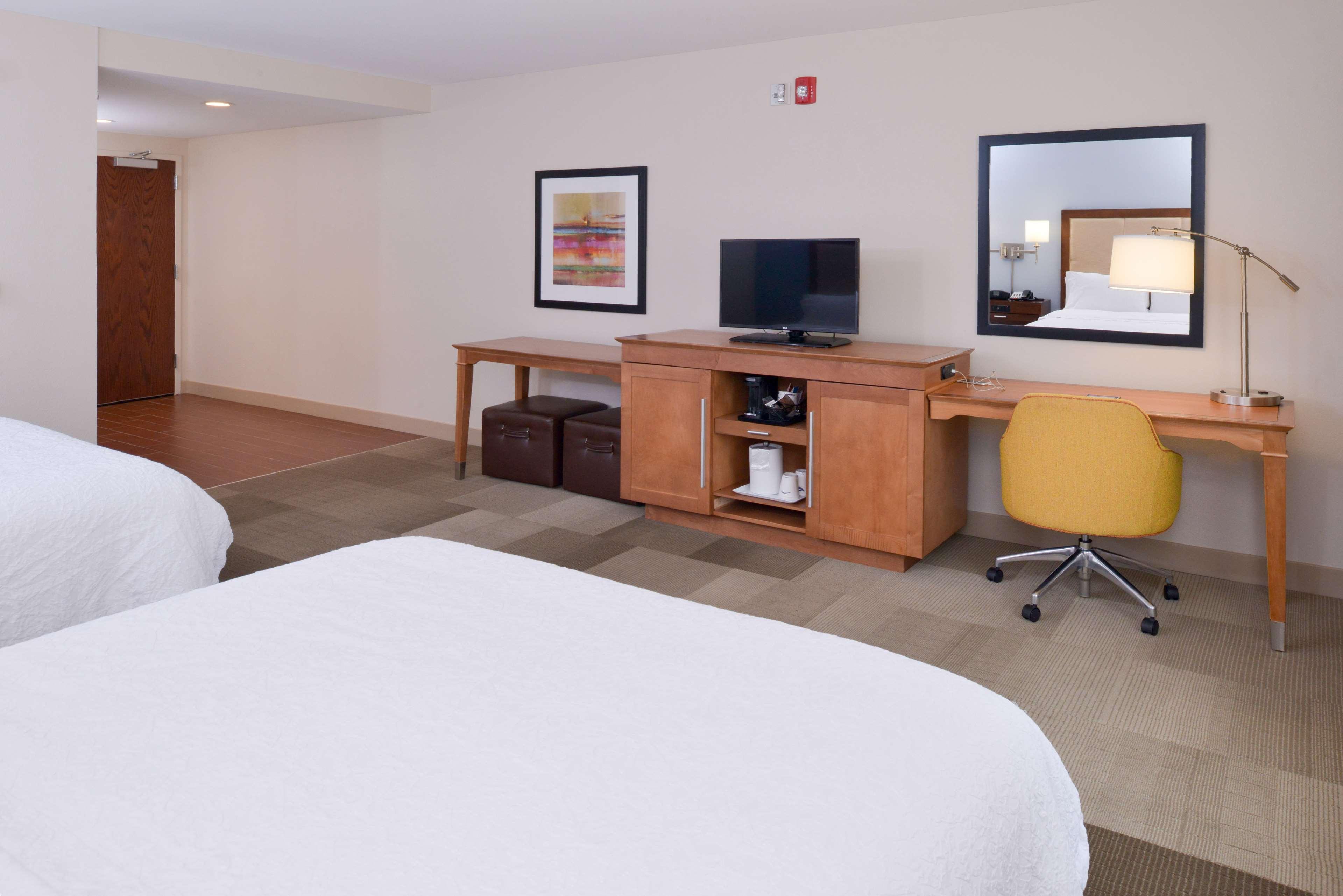 Hampton Inn & Suites Lonoke image 28