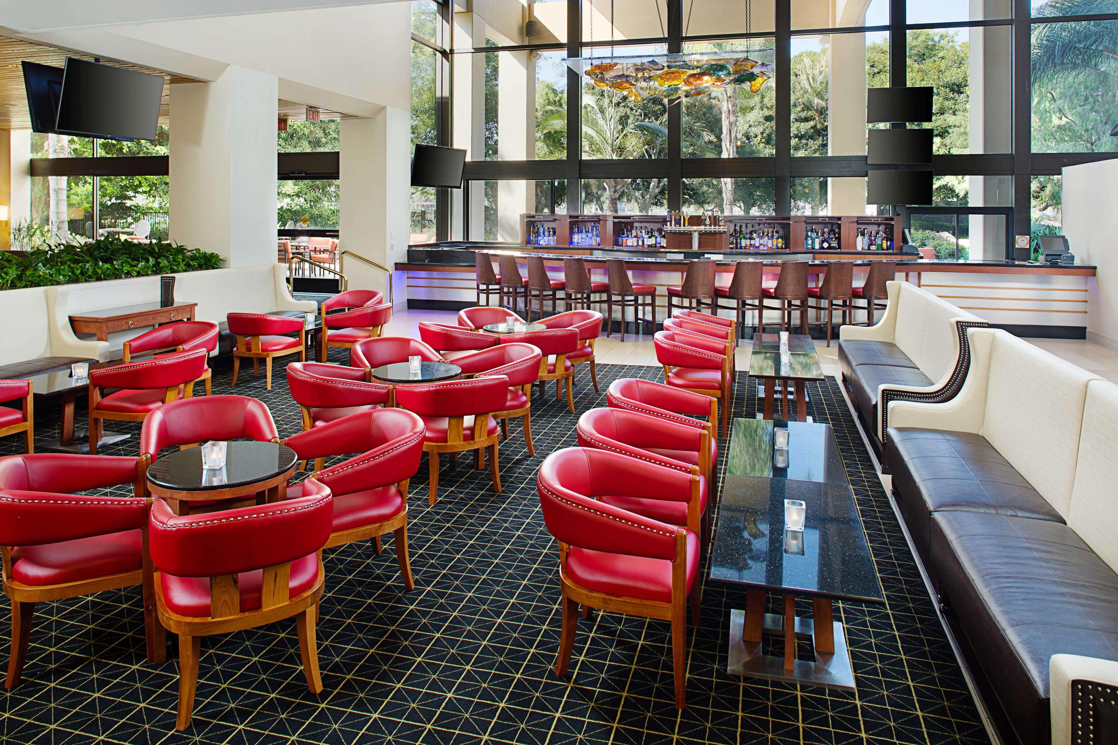 DoubleTree by Hilton Hotel Anaheim - Orange County image 23