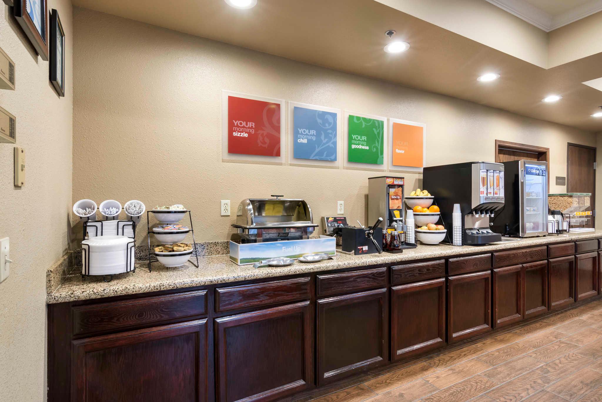 Comfort Inn & Suites Sacramento - University Area image 27