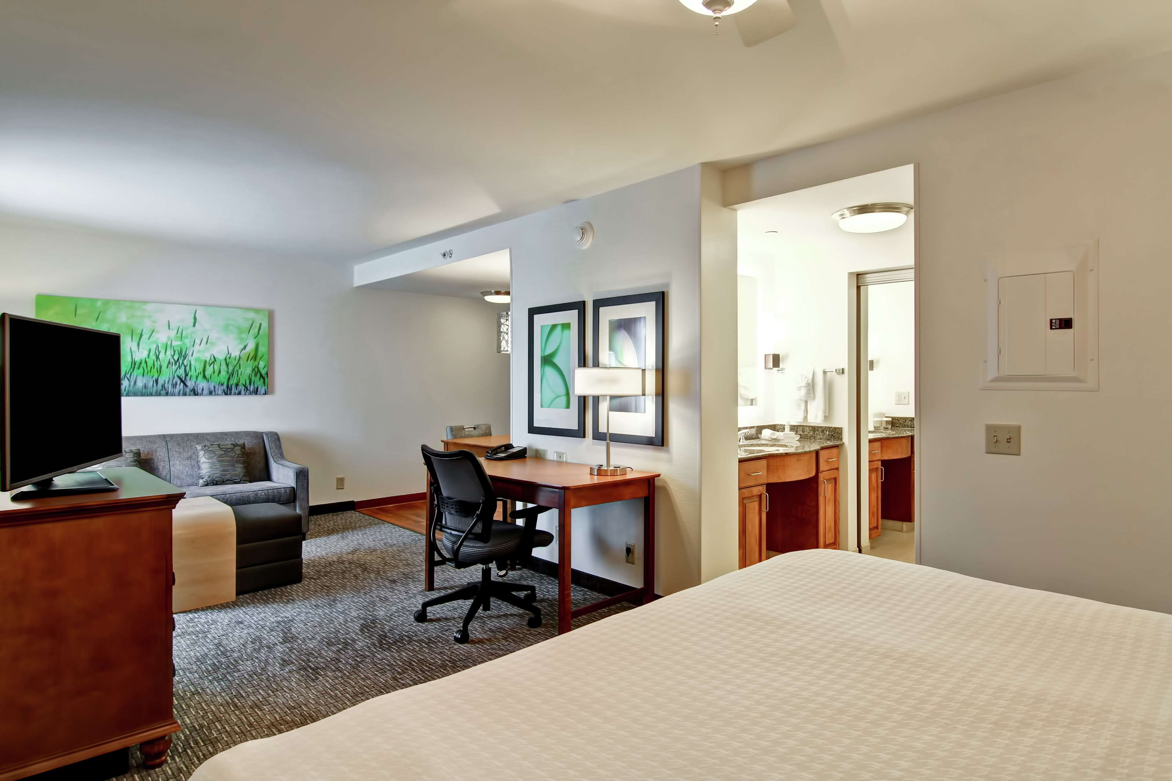 Homewood Suites by Hilton Omaha-Downtown