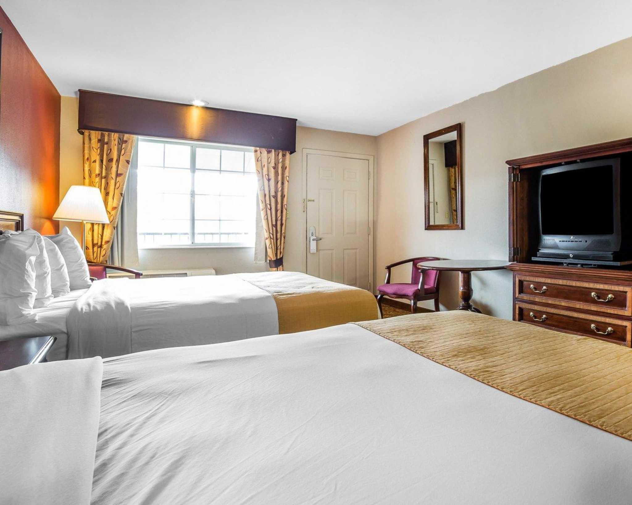 Quality Inn & Suites Minden US-395 image 5