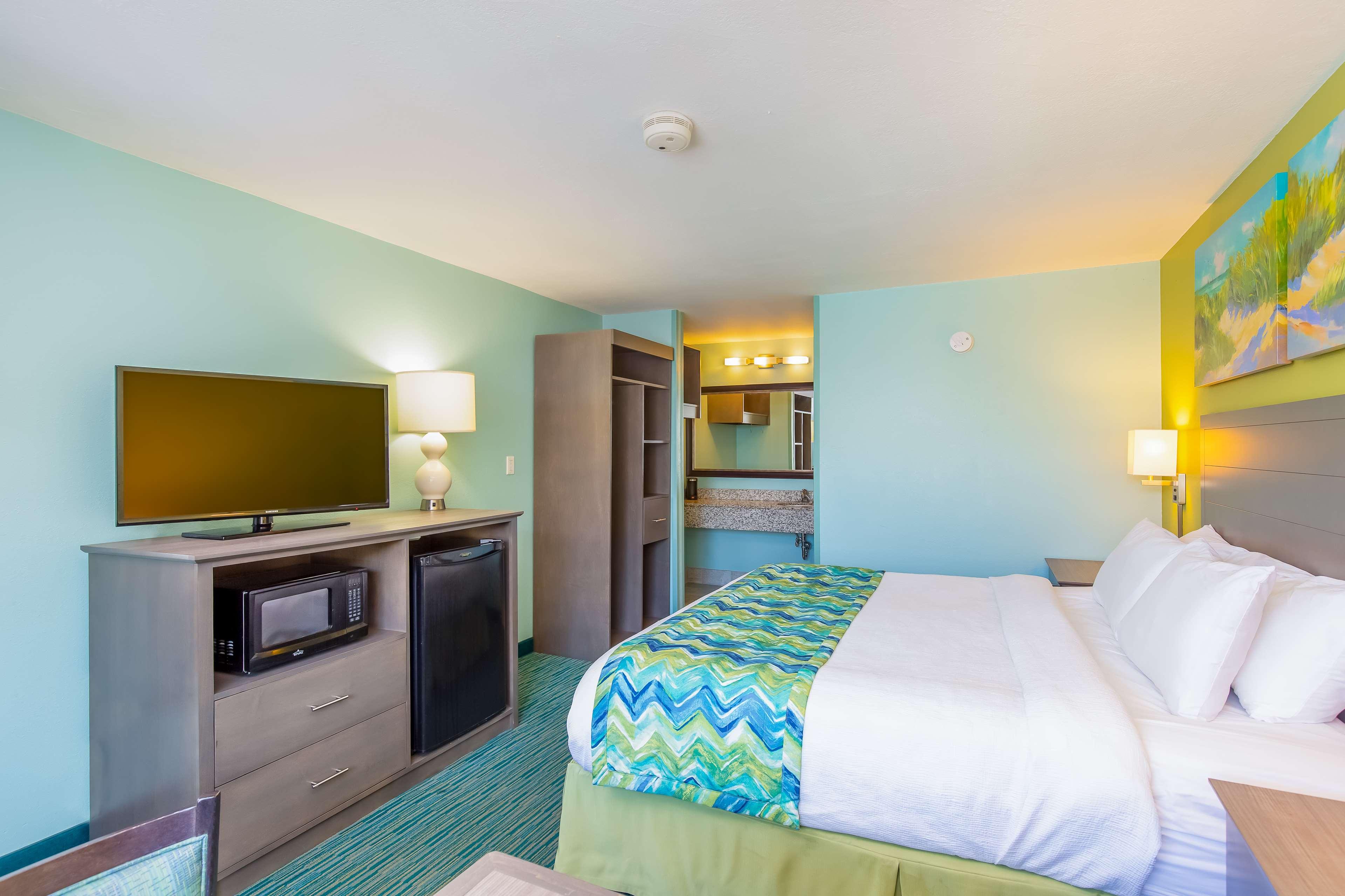 Best Western Beachside Resort image 38