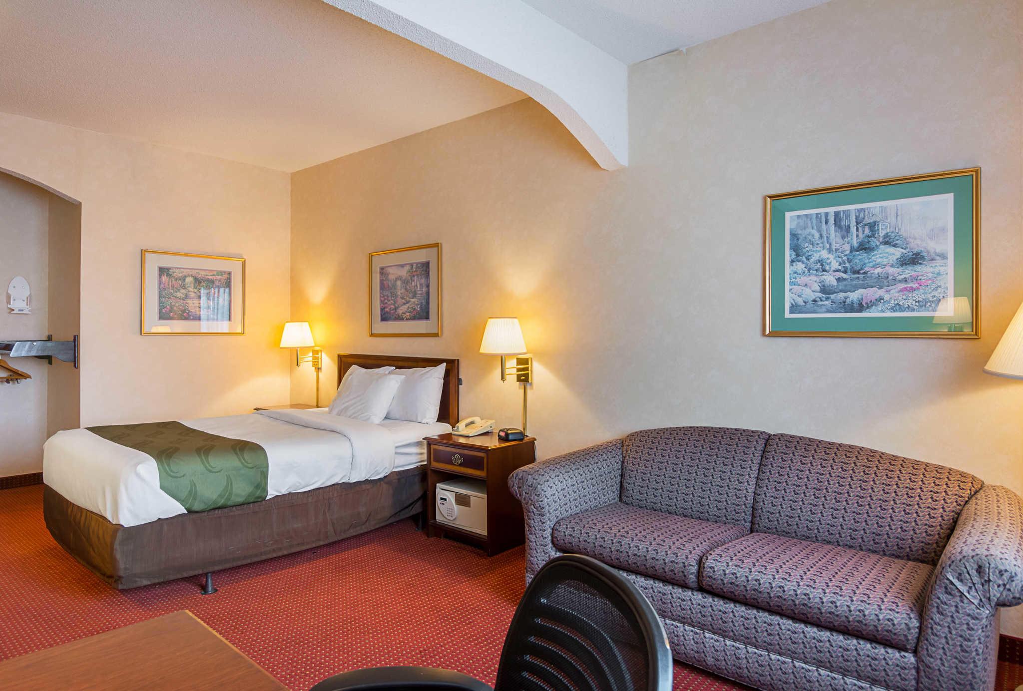 Quality Inn & Suites Kearneysville - Martinsburg image 13