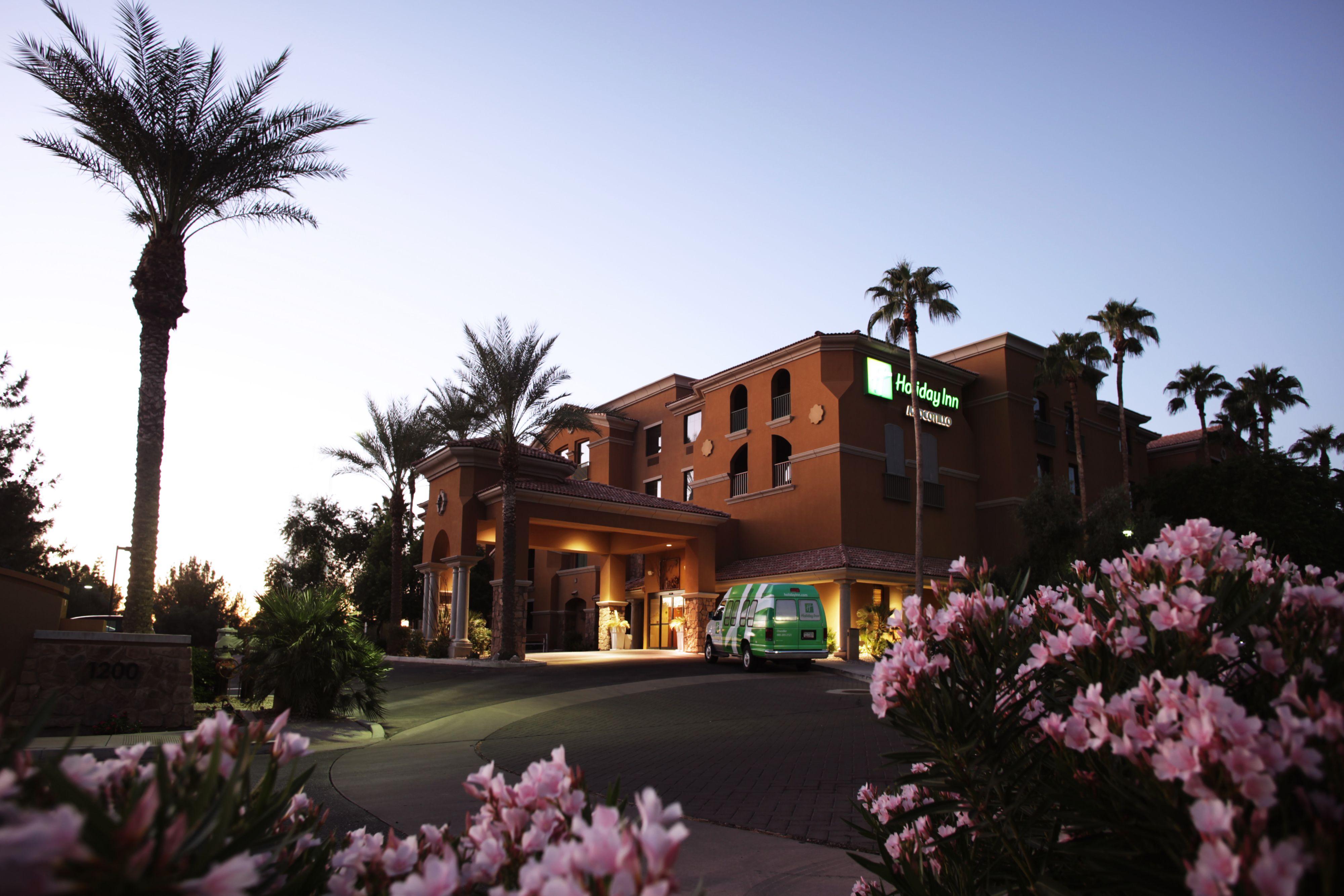 Holiday Inn Phoenix - Chandler image 5
