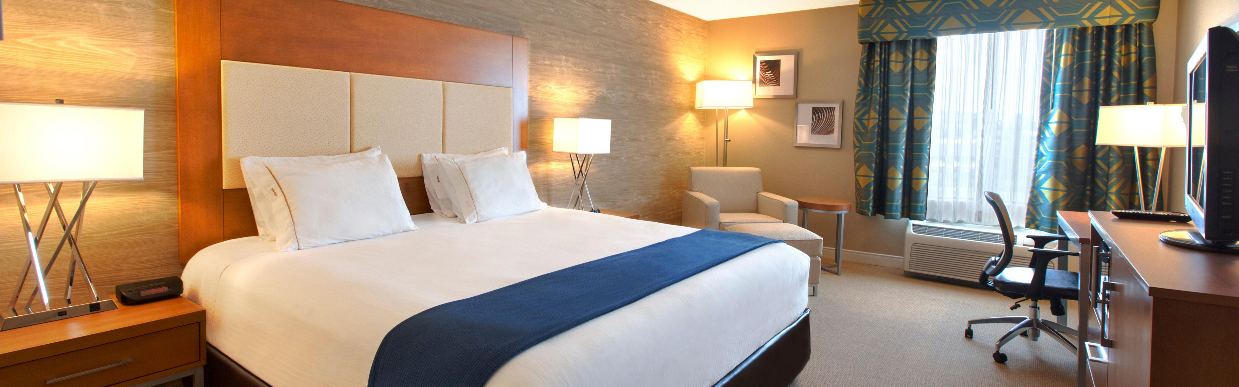 Holiday Inn Express & Suites Houston North-Spring Area image 1