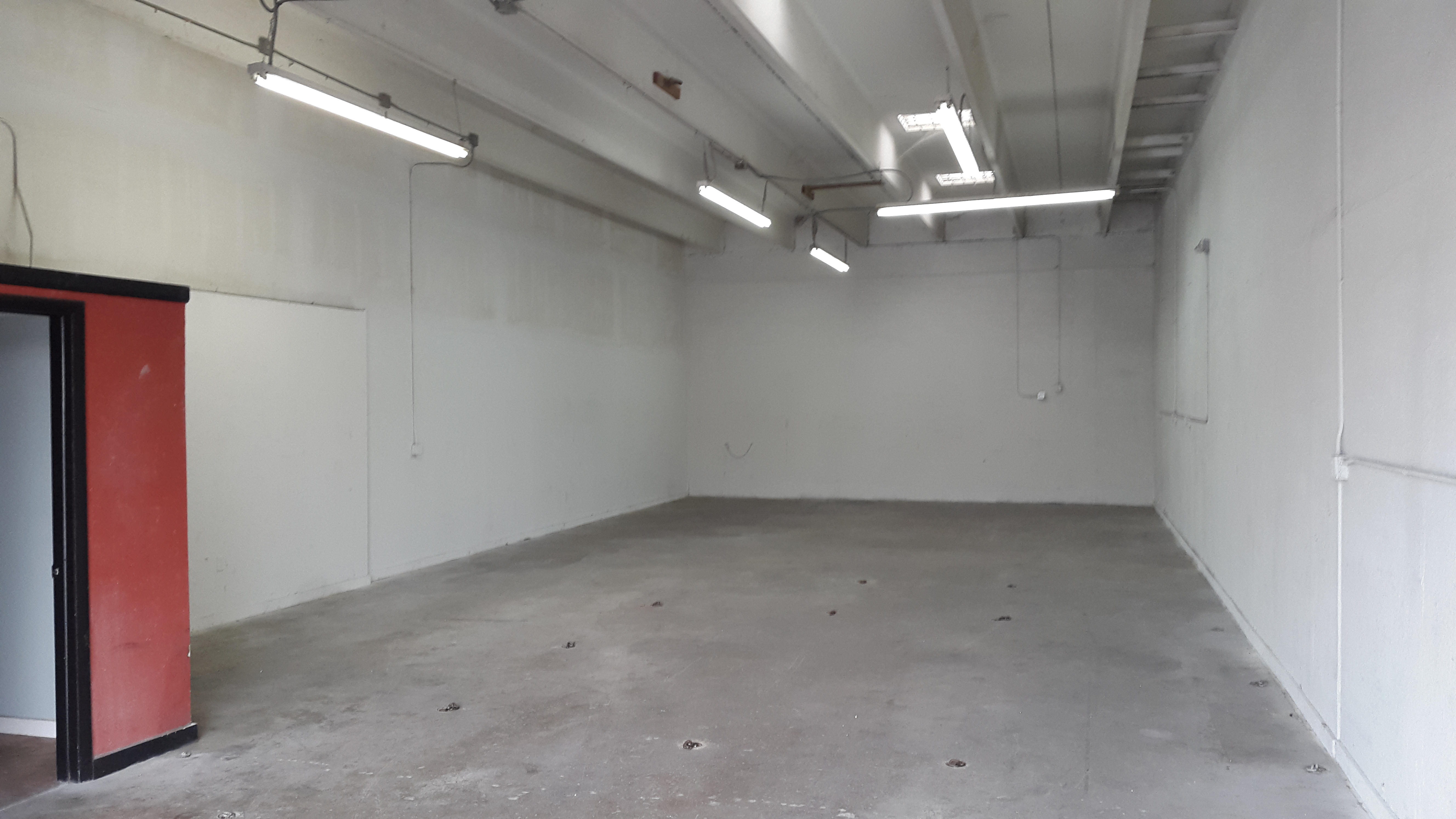 Warehouse for Rent in Miami image 13