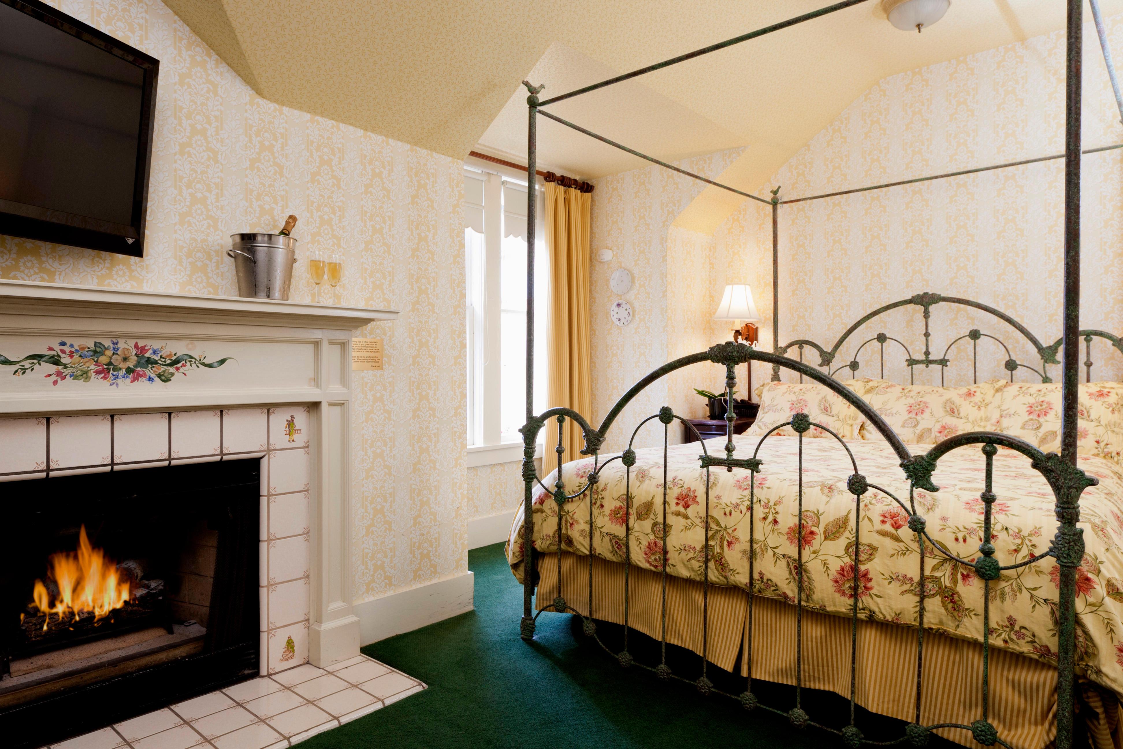 Gosby House Inn, A Four Sisters Inn image 3