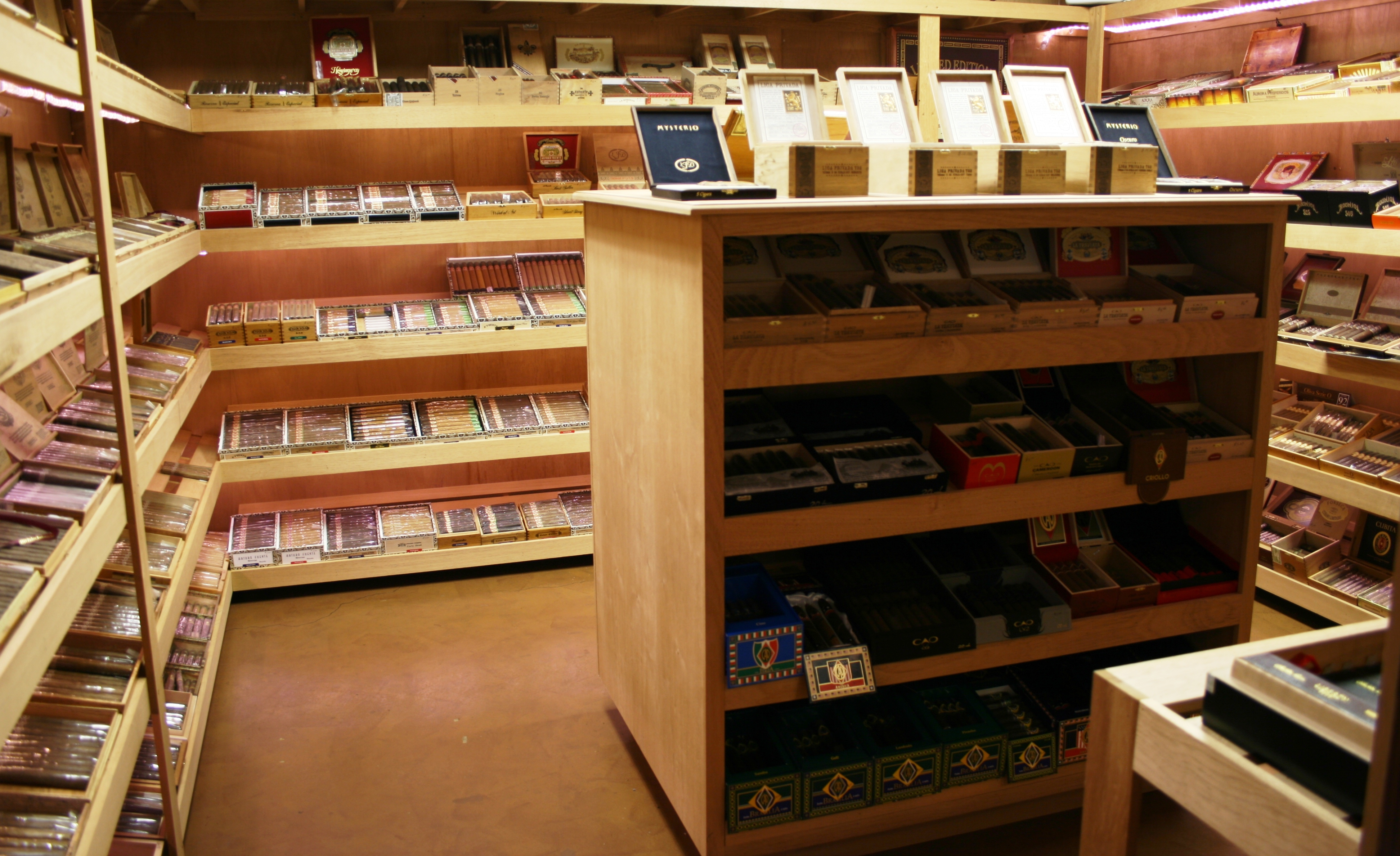 Tobacco Locker Cigar Bar image 0