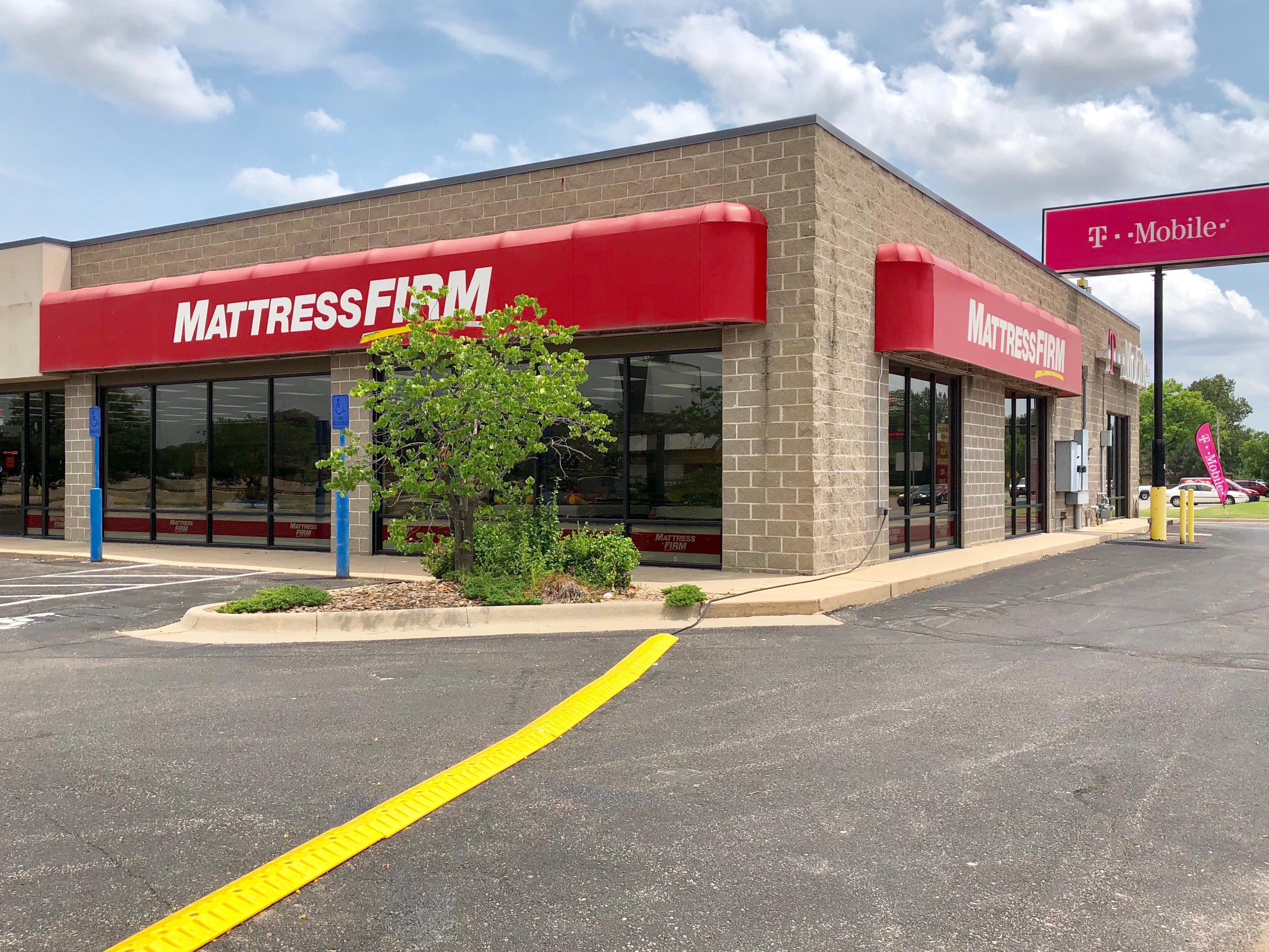 Mattress Firm Kellogg & Rock image 1