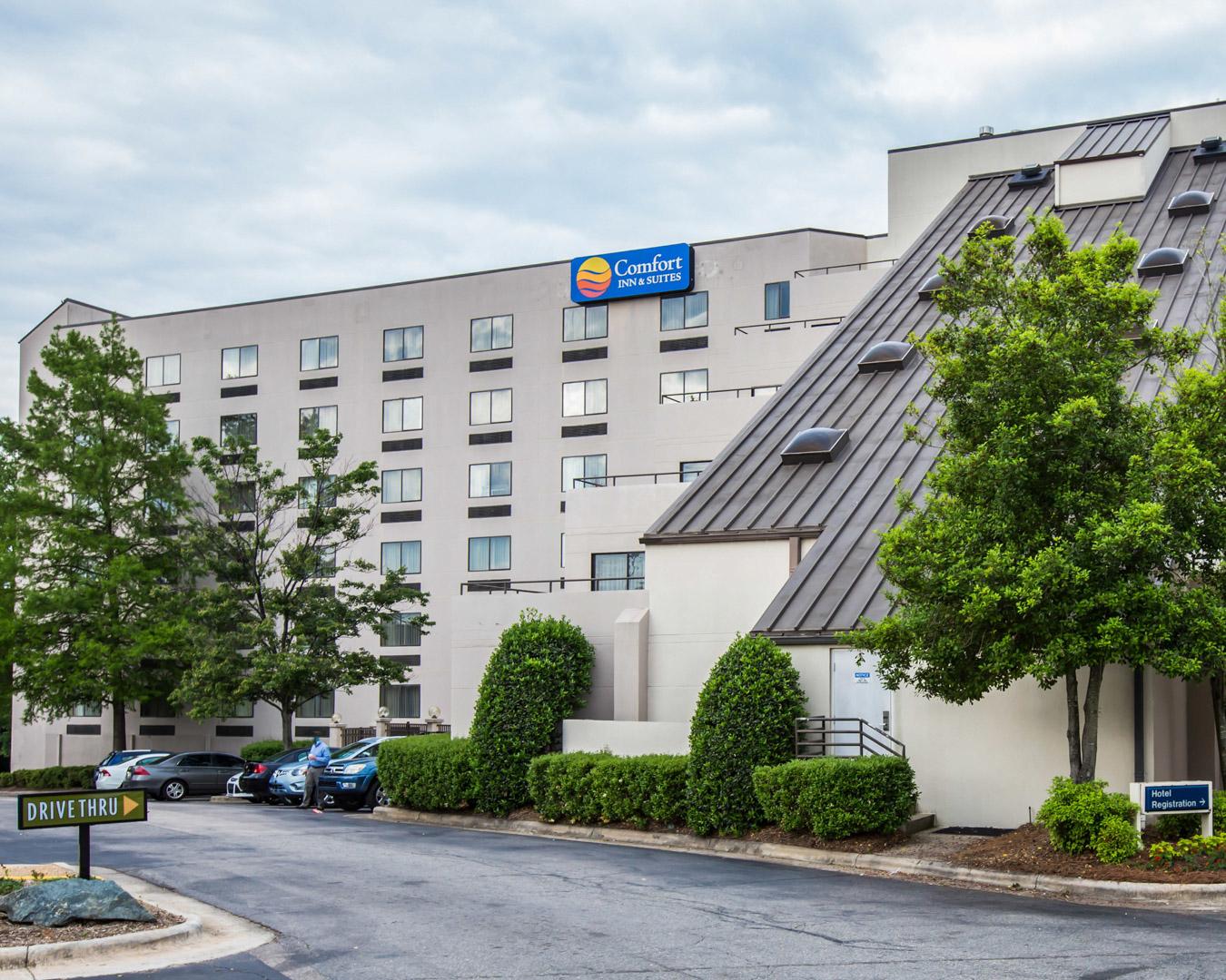 Comfort Inn Amp Suites Crabtree Valley In Raleigh Nc