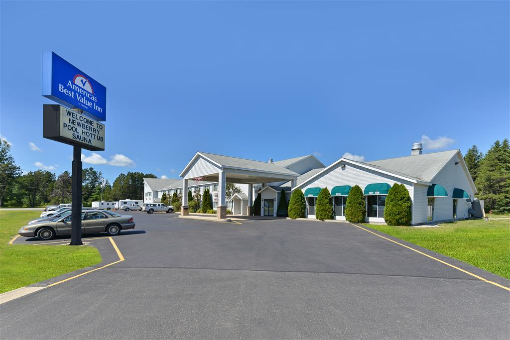Americas Best Value Inn - Tahquamenon Country image 0