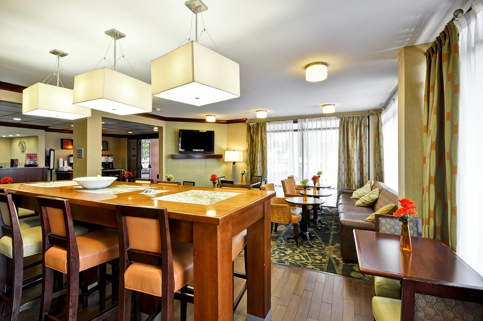 Red Lion Inn & Suites Fayetteville I-95 image 7