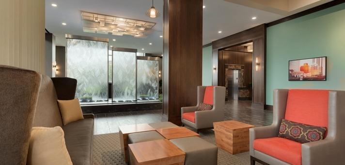 Embassy Suites By Hilton Chicago Naperville Naperville