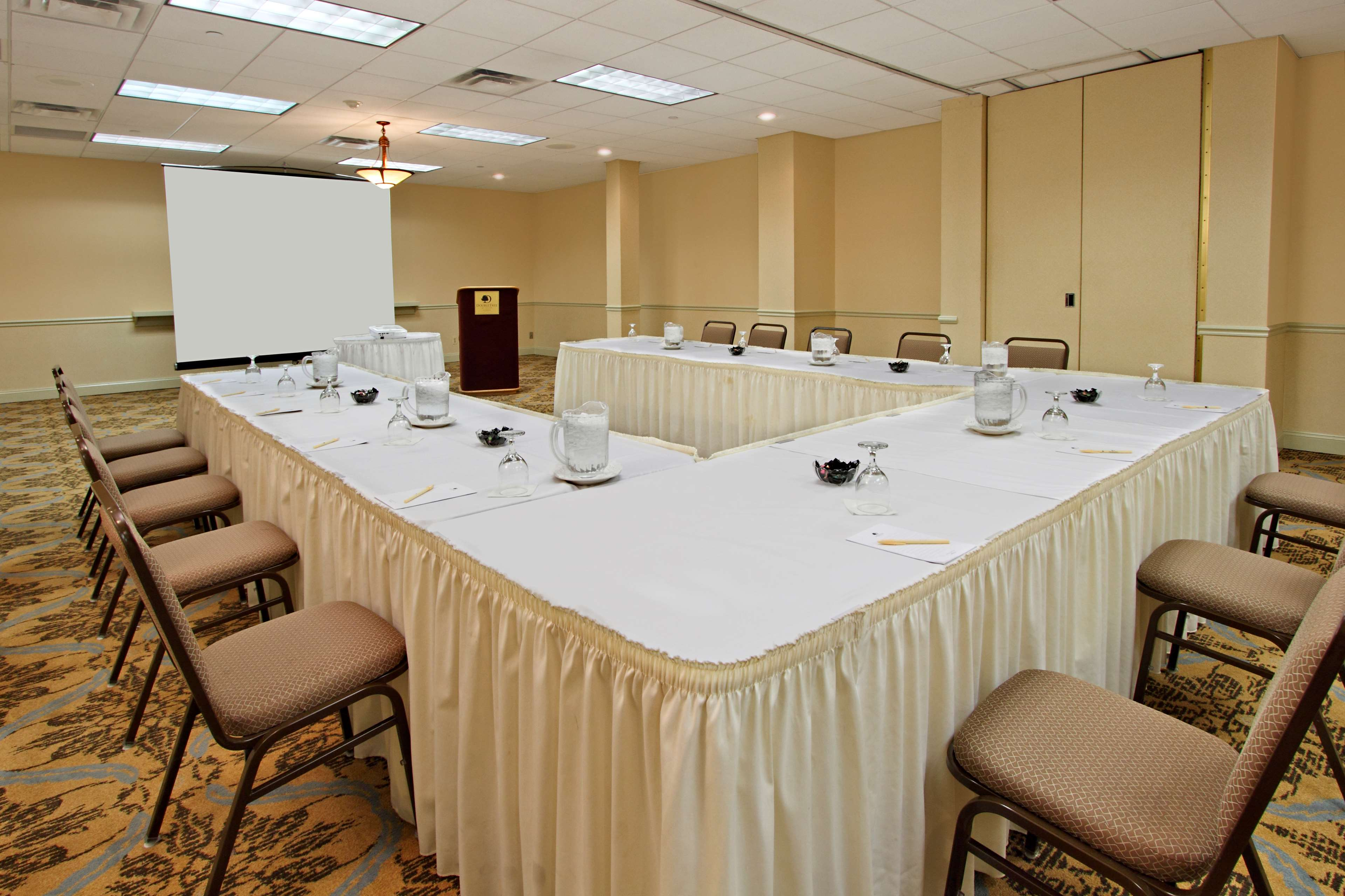DoubleTree by Hilton Hotel Mahwah image 25