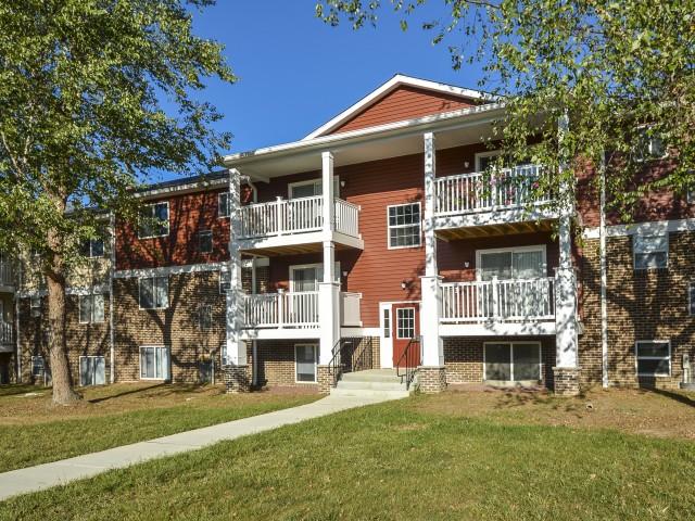OakTree Apartments image 1
