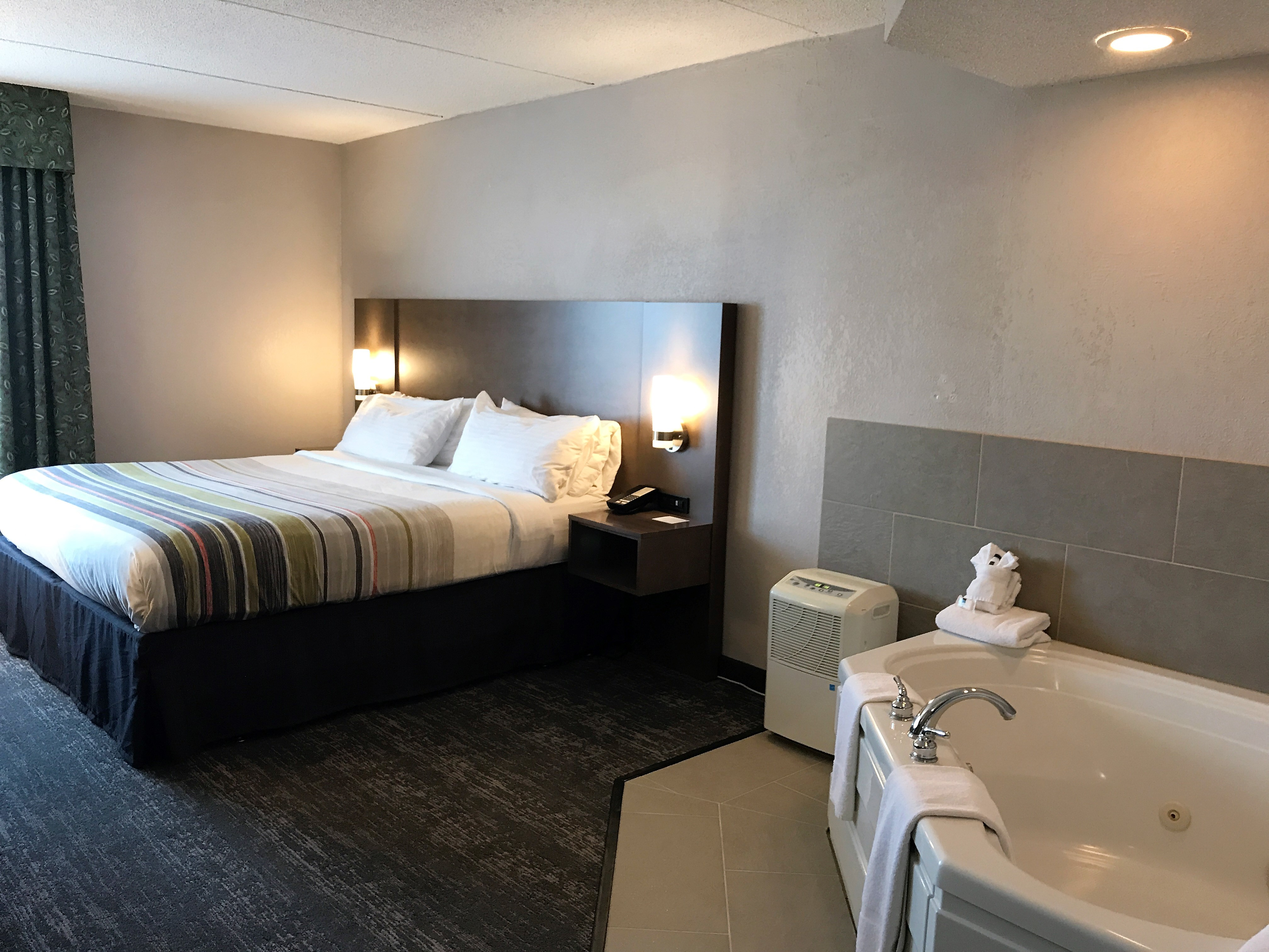 Country Inn & Suites by Radisson, Mt. Pleasant-Racine West, WI image 2