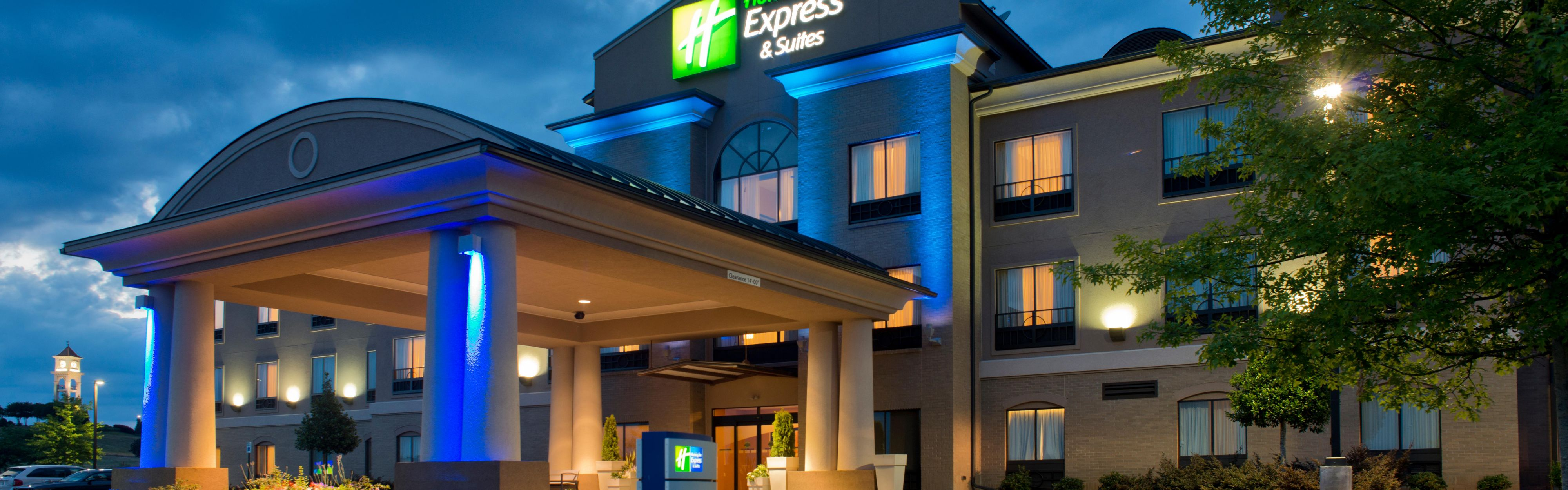 Holiday Inn Express Prattville South image 0