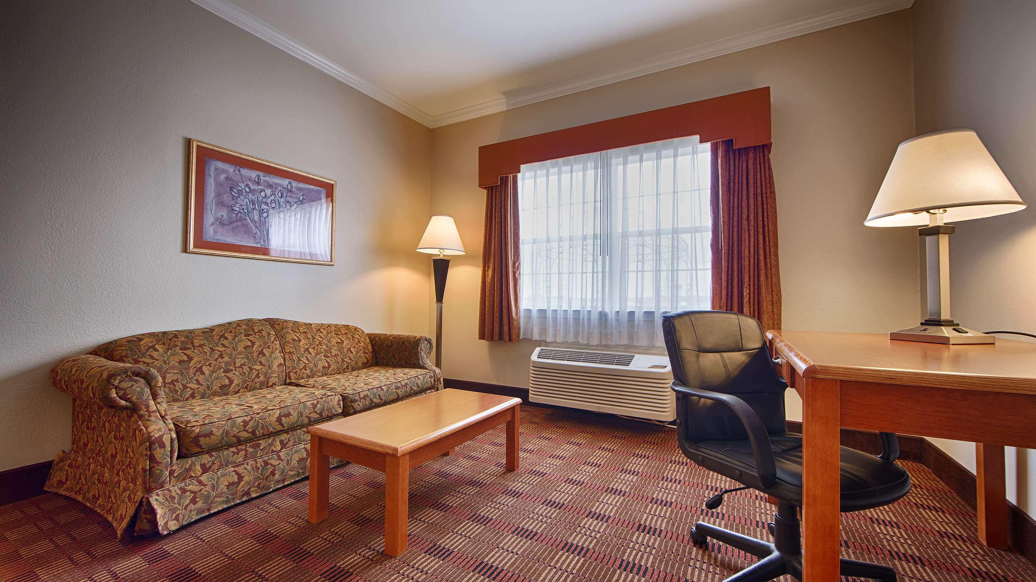 Best Western Club House Inn & Suites image 17