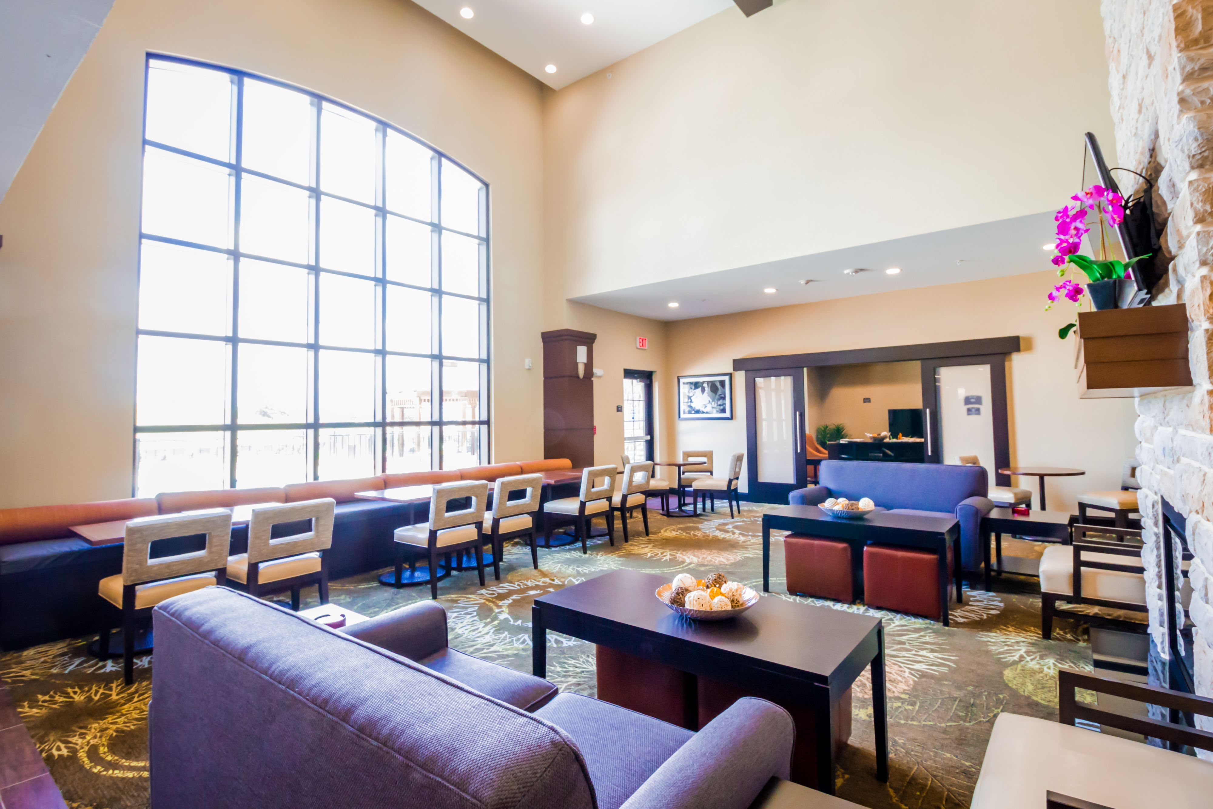 Staybridge Suites Plano Frisco image 7