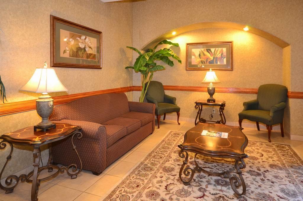 Best Western Casa Villa Suites image 1