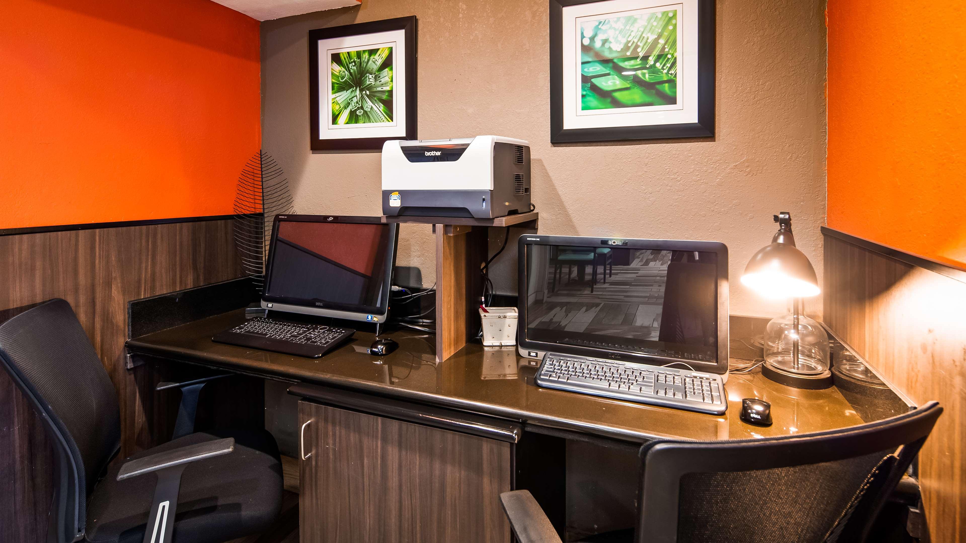 Best Western Plus Elizabeth City Inn & Suites image 10