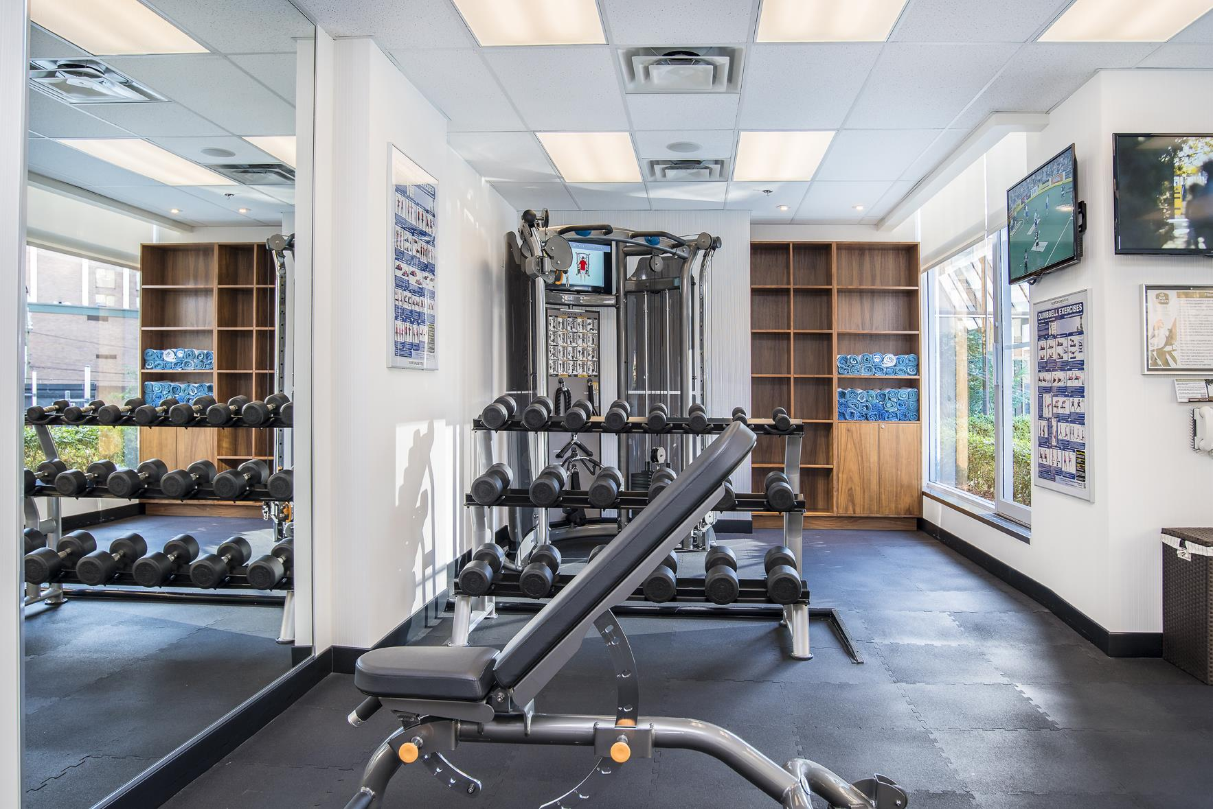Best Western Plus Chateau Granville Hotel & Suites & Conference Ctr. in Vancouver: Fitness Center