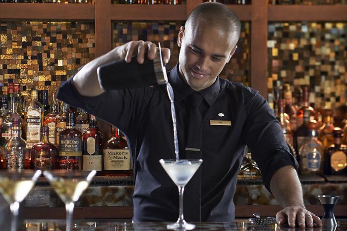 MO Bar & Lounge image 1