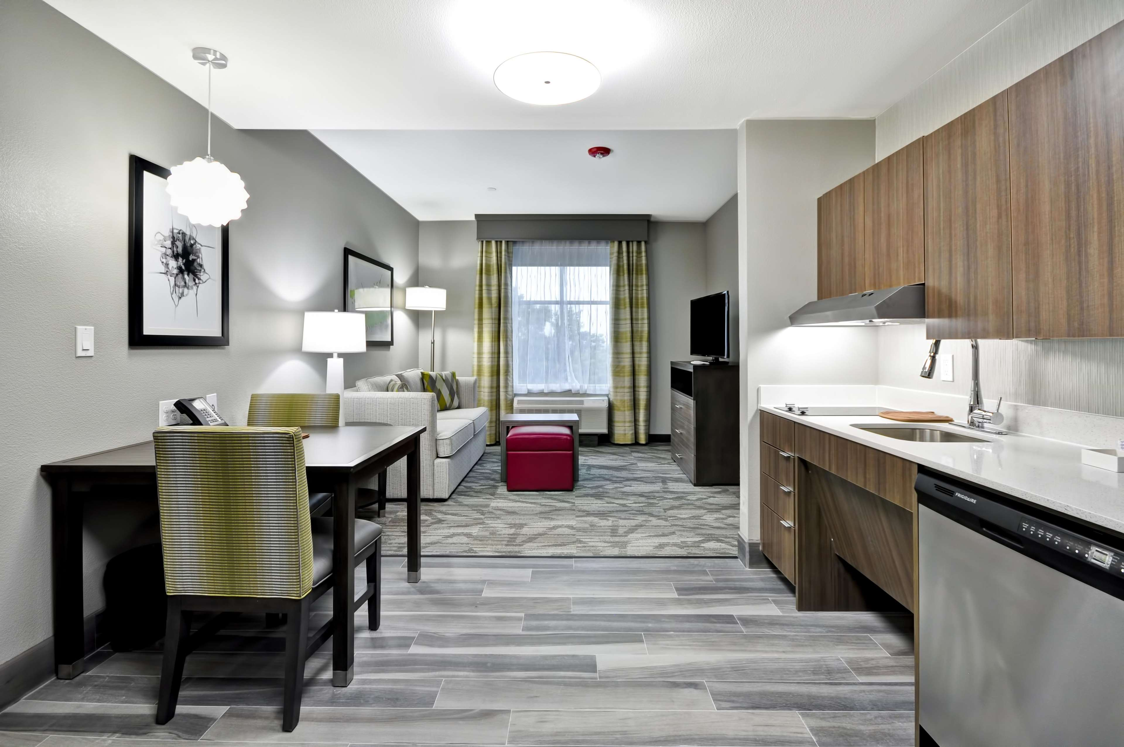 Homewood Suites by Hilton Tyler image 26