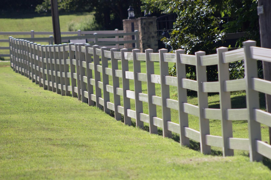 Vanhoose Fence Co In Whitepages