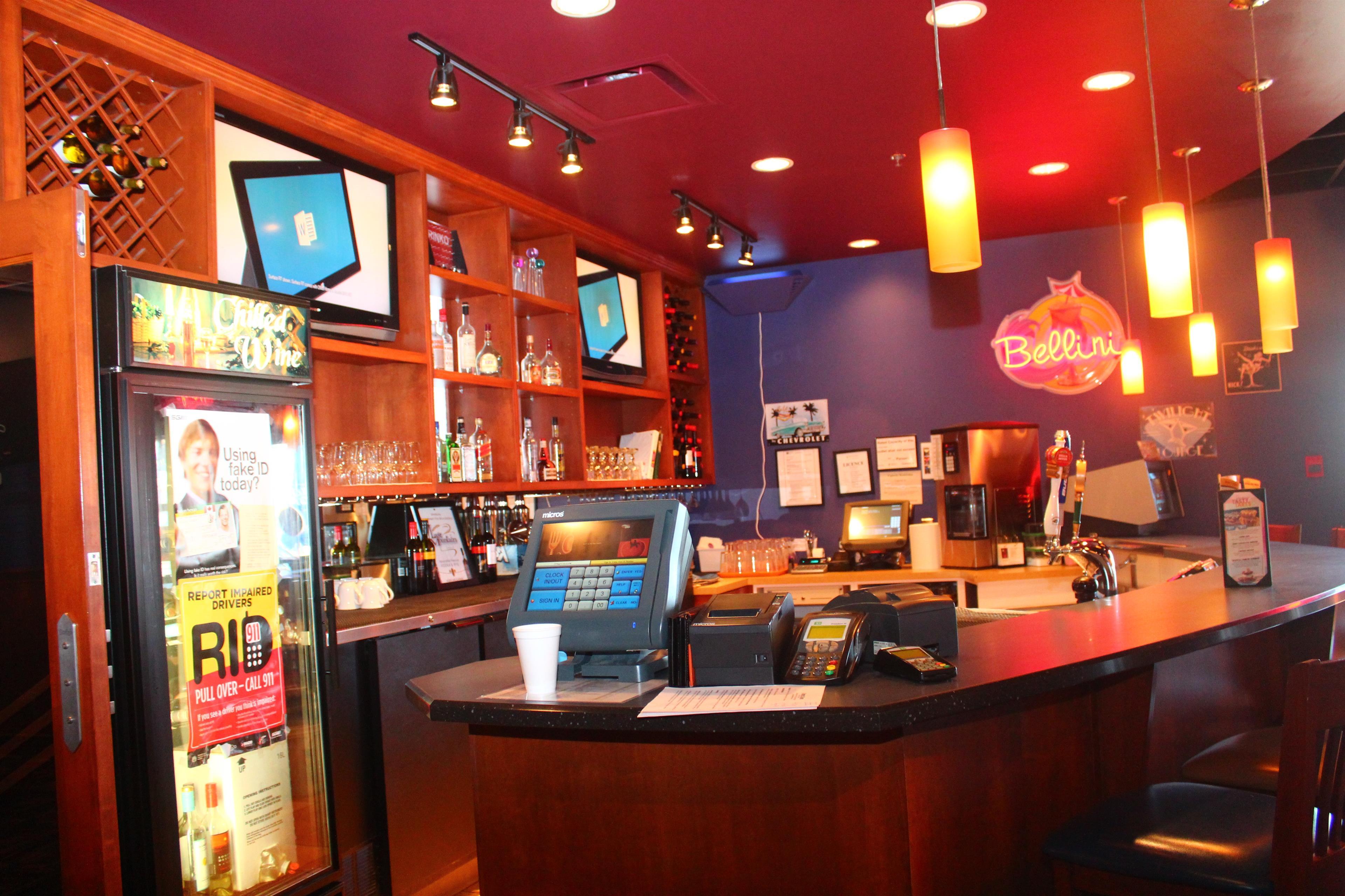 Best Western Seven Oaks Inn in Regina: Ricky's All Day Grill