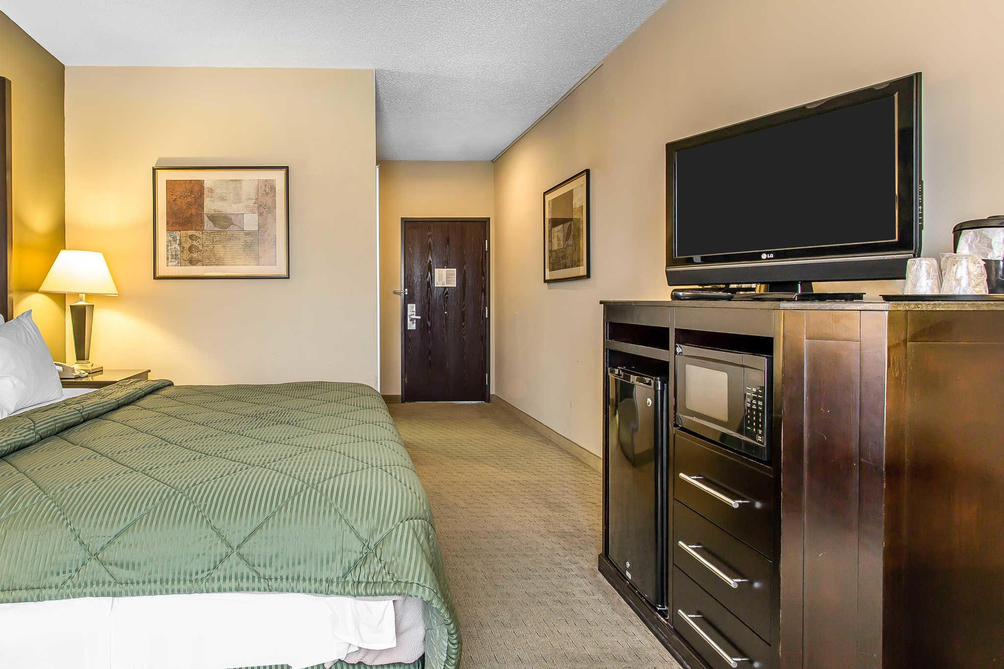 Quality Inn & Suites Durant image 8