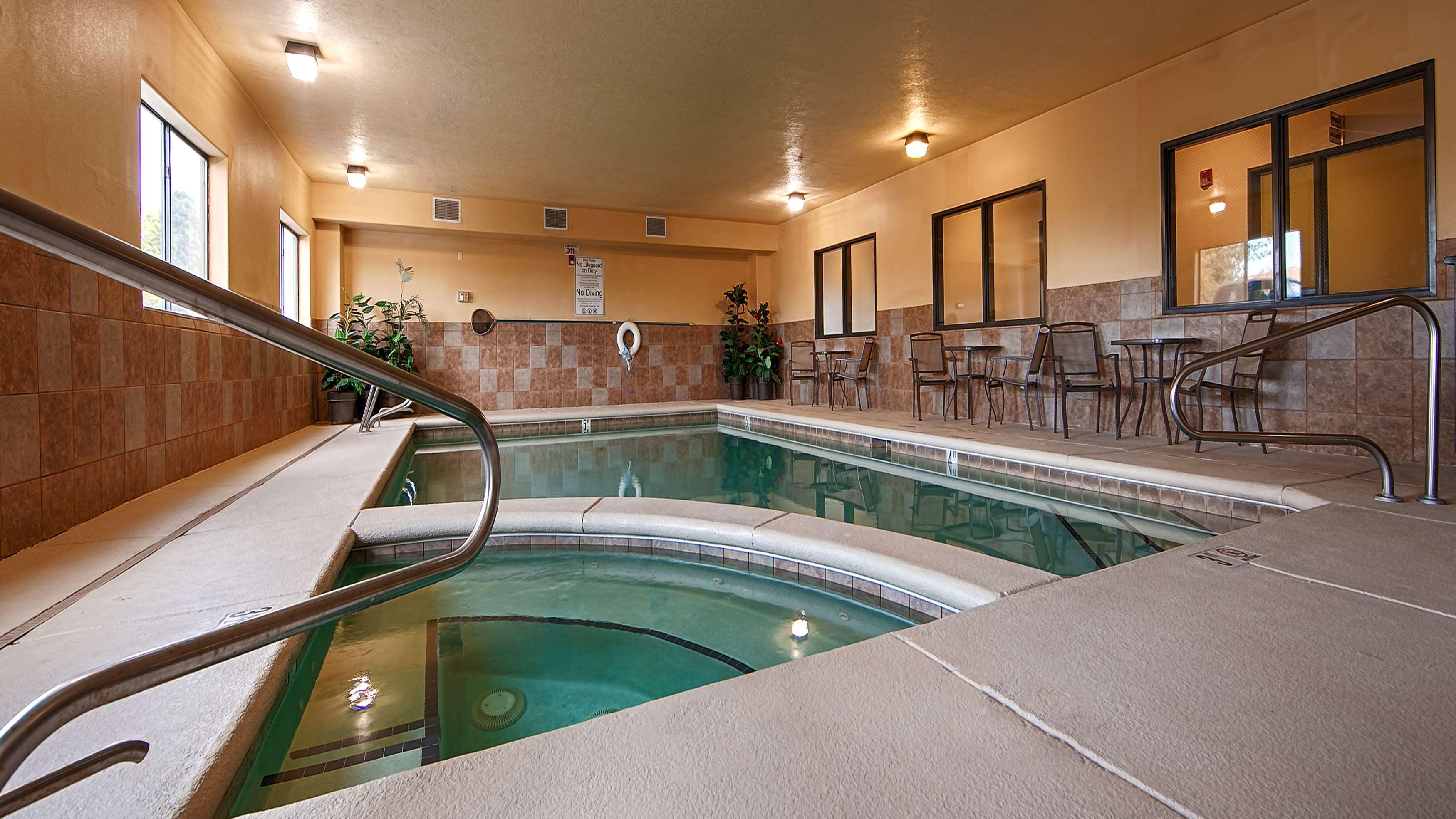 Best Western Plus Eagleridge Inn & Suites image 5