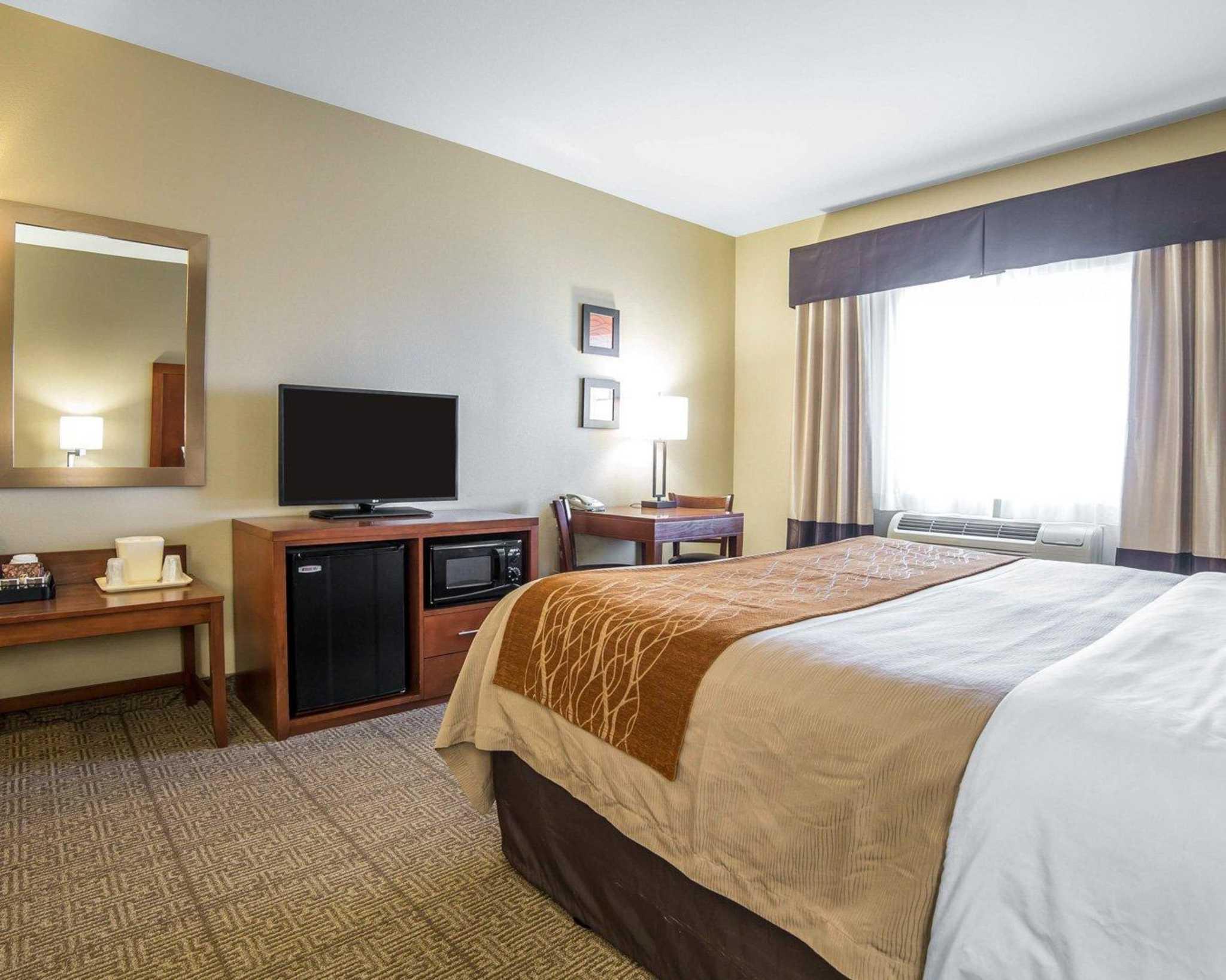 Comfort Inn Evansville-Casper image 8