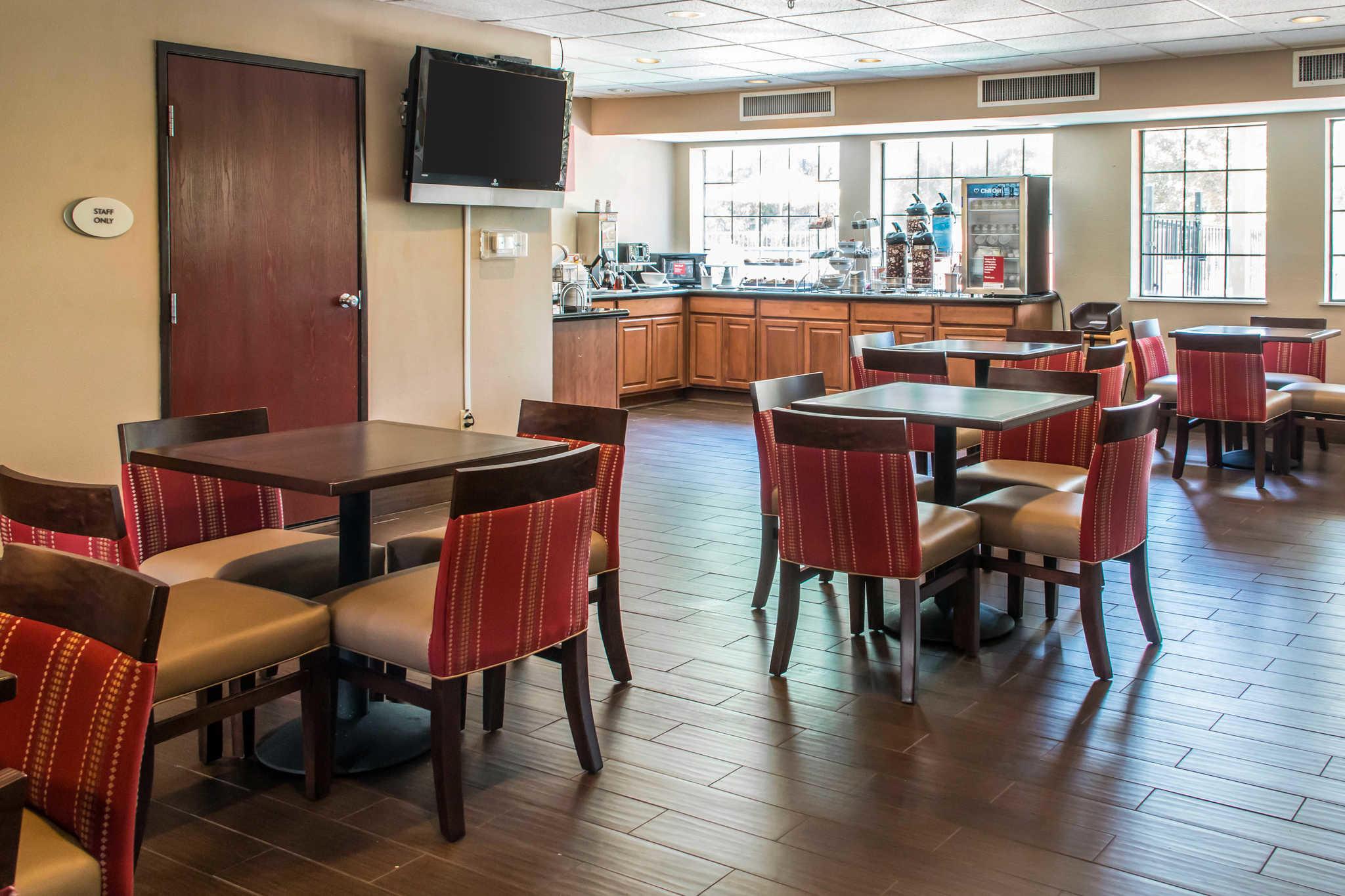 Comfort Suites Round Rock - Austin North I-35 image 6