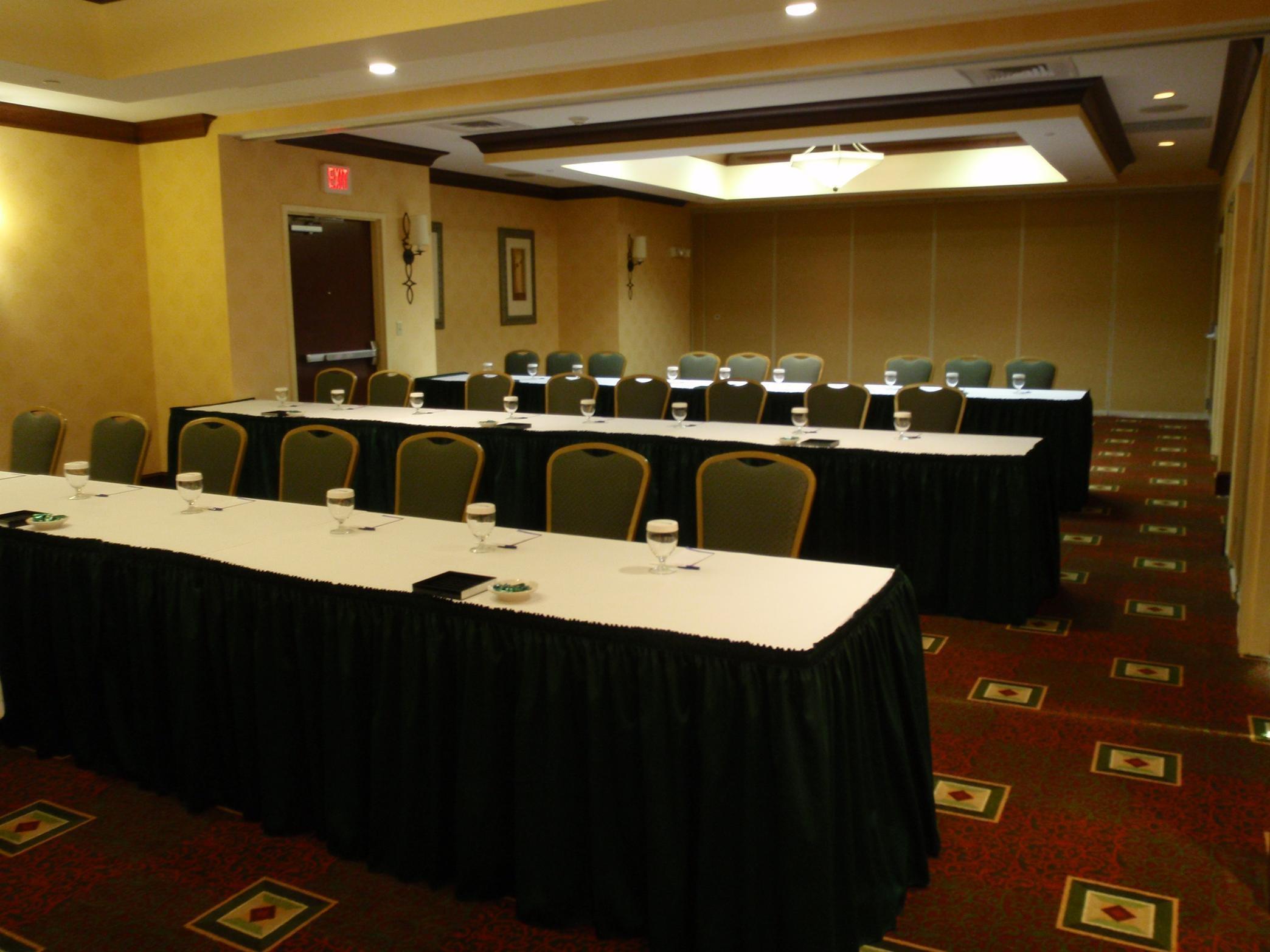 Hilton Garden Inn Clarksburg image 12