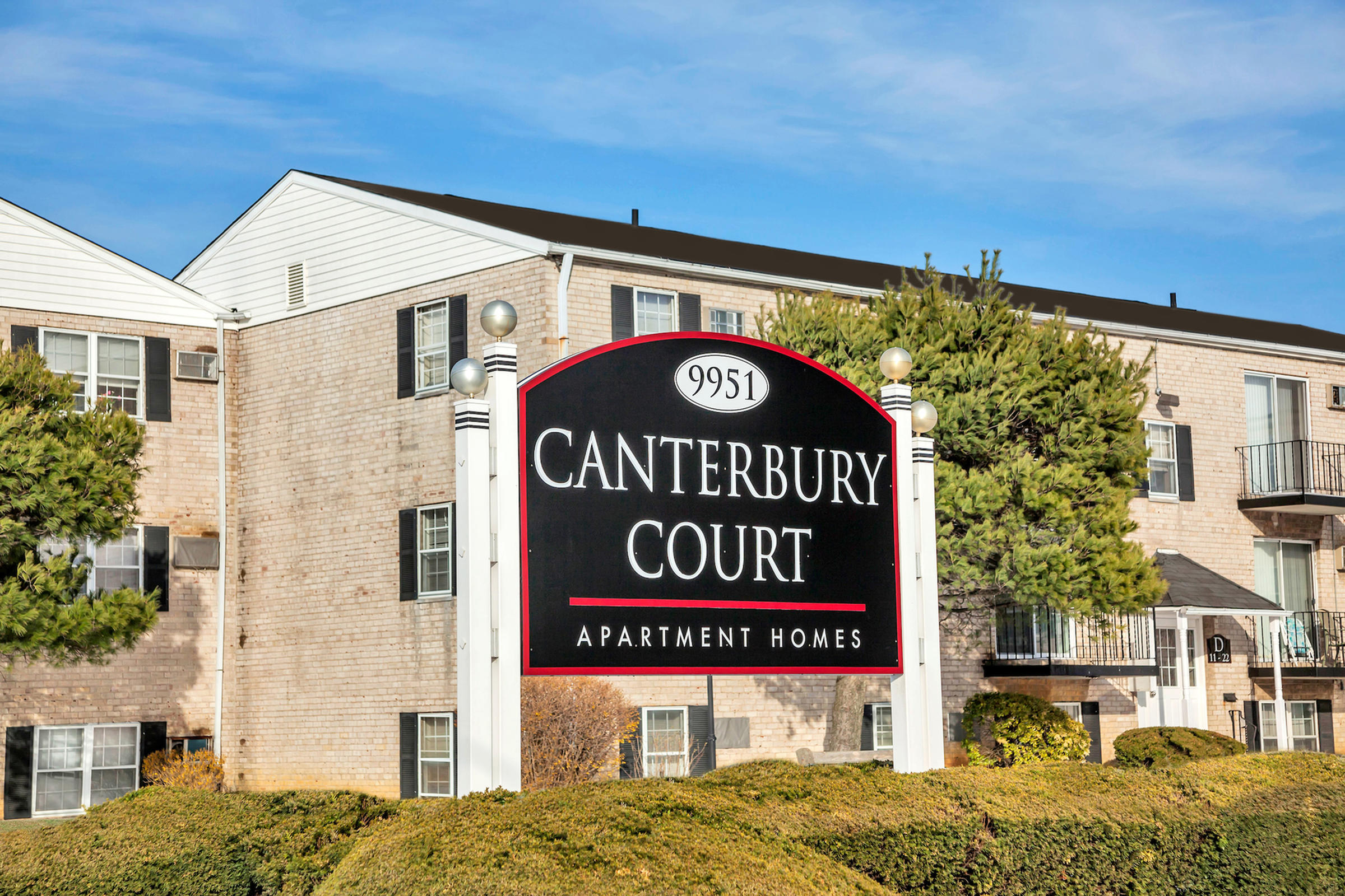 Canterbury Court Apartment Homes