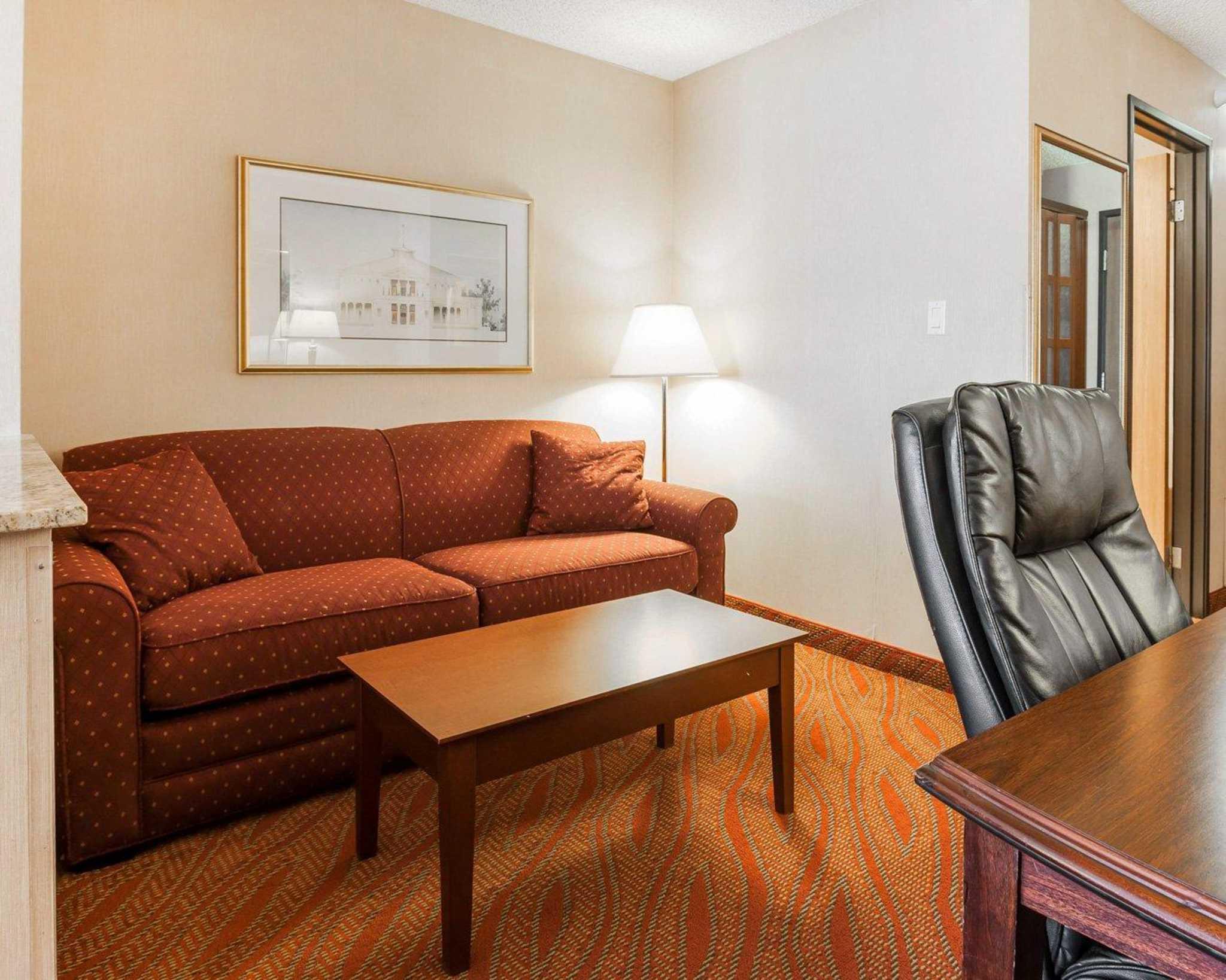 Comfort Inn Kelso - Longview image 33