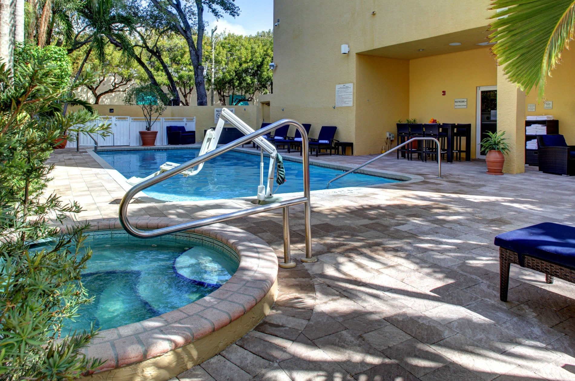 hampton inn by hilton coconut grove coral gables miami at